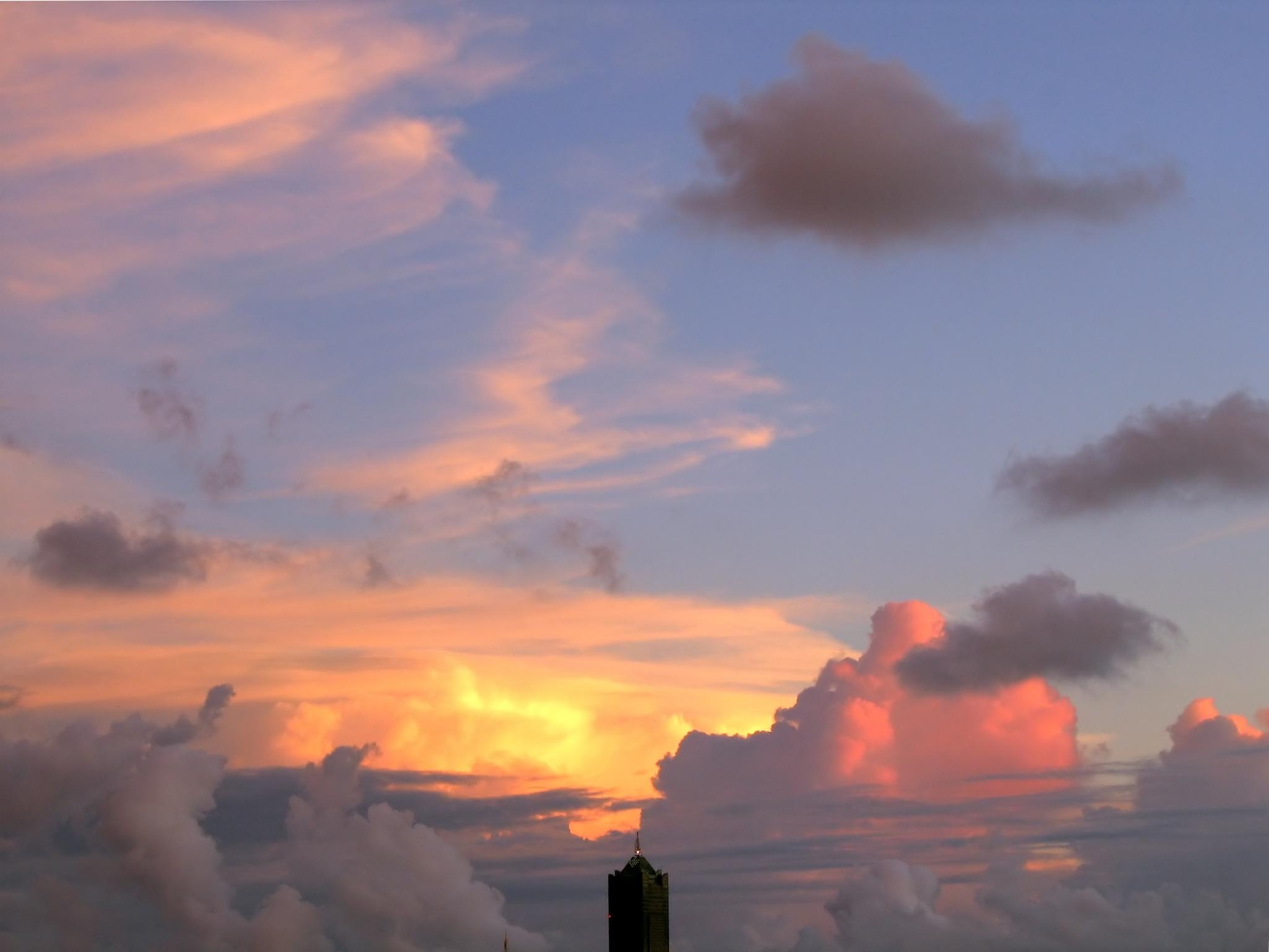 Skyscraper Top at Evening Time, Antenna, Azure, Upward, Tower, HQ Photo