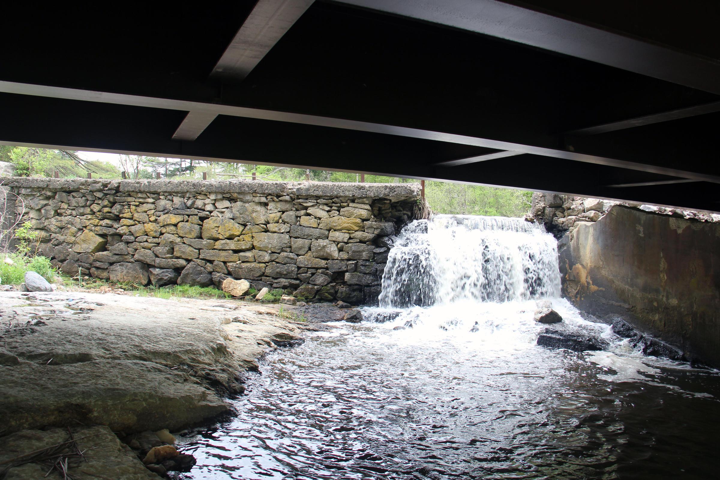 Small dam photo