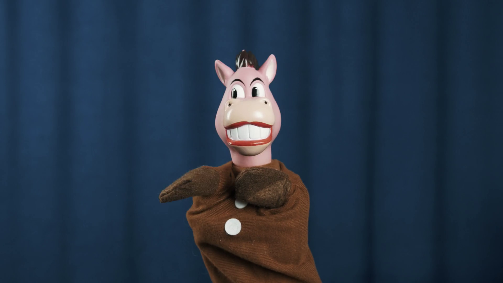 Smiling horse hand puppet toy nodding head and shaking arms wide ...
