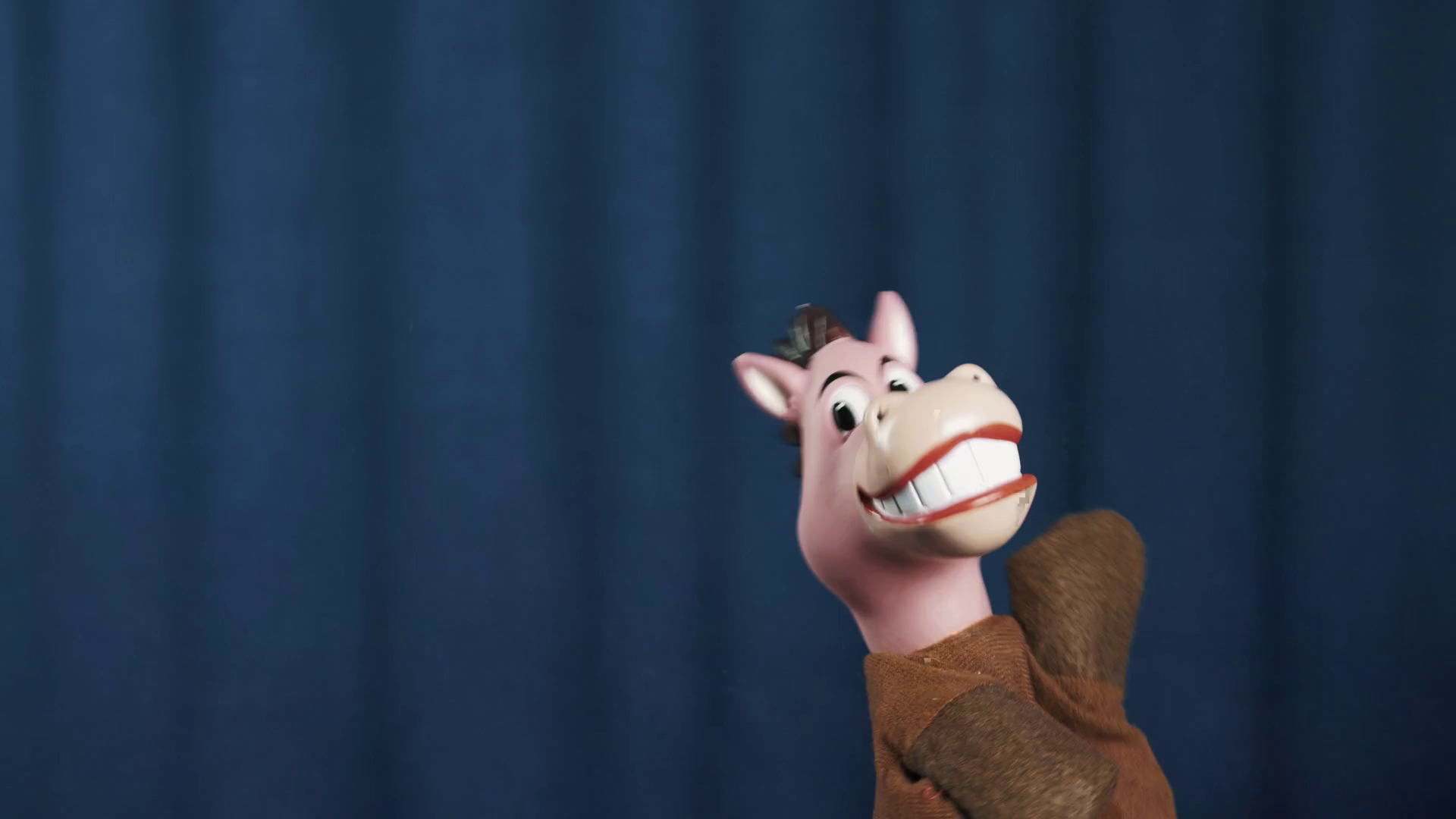Smiling horse hand puppet toy makes vivid scene exit and run away to ...
