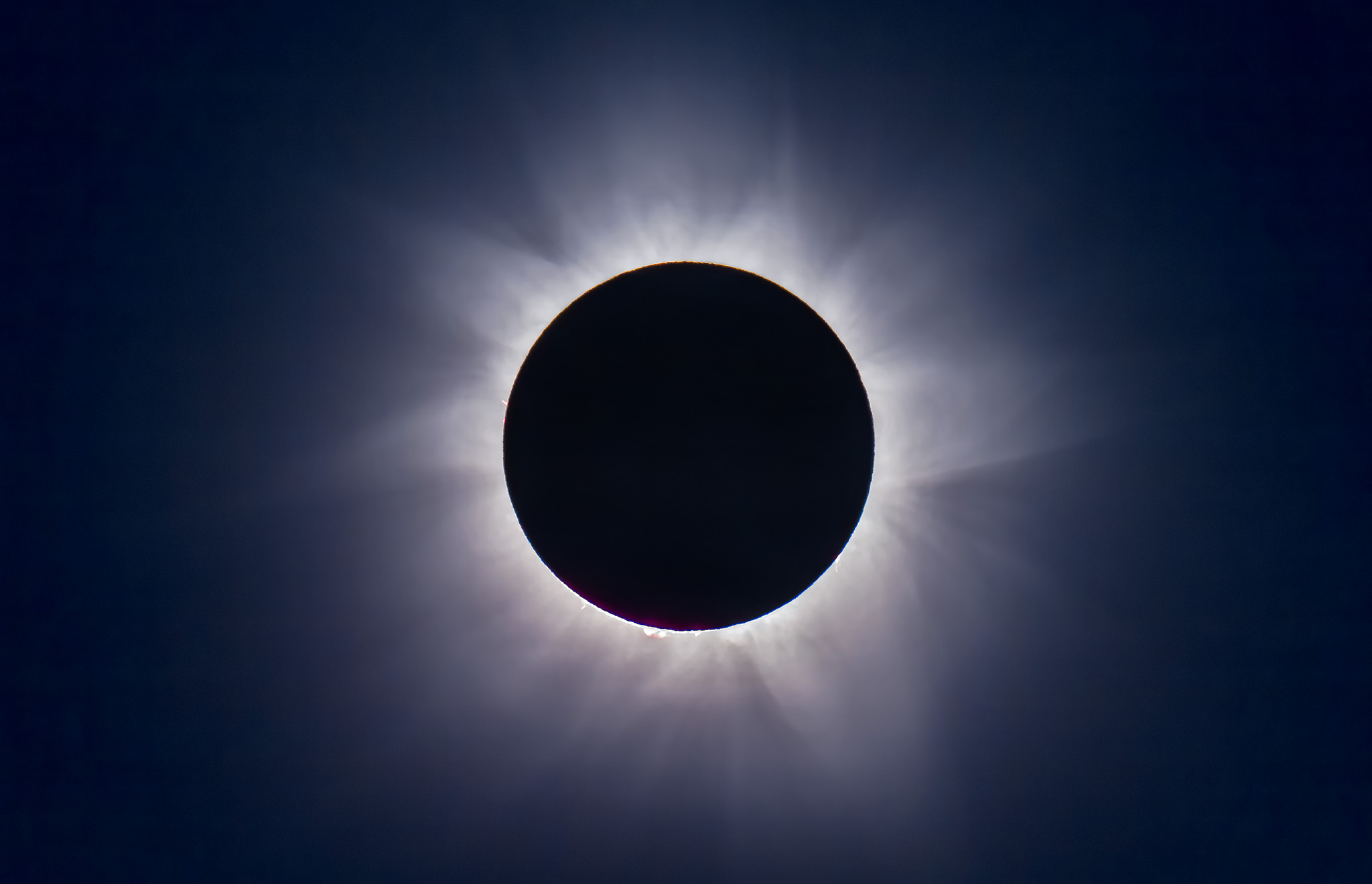 Ten Tips for the Solar Eclipse – The Amazing Sky