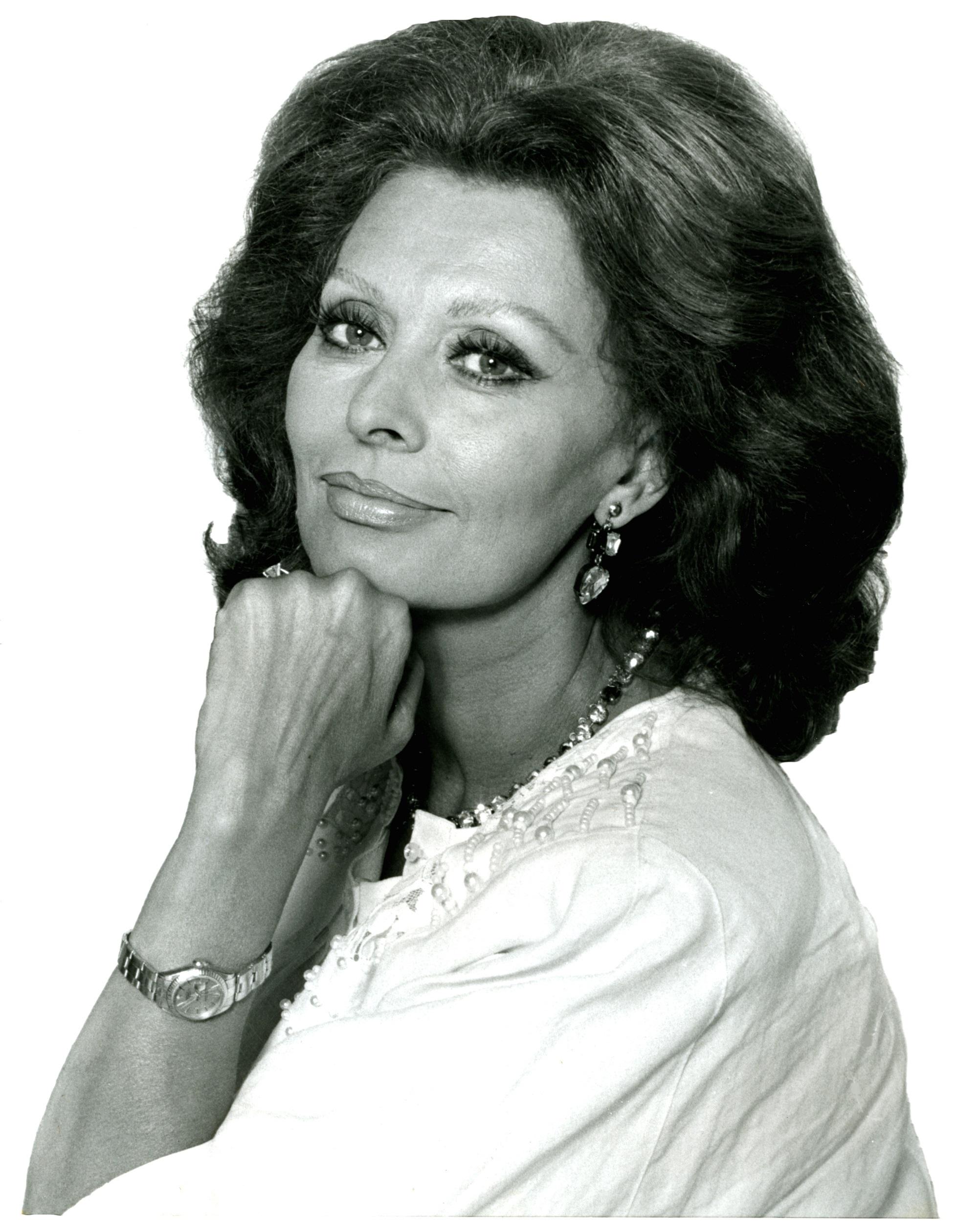 Sophia Loren, Actress, Black, Face, Famous, HQ Photo