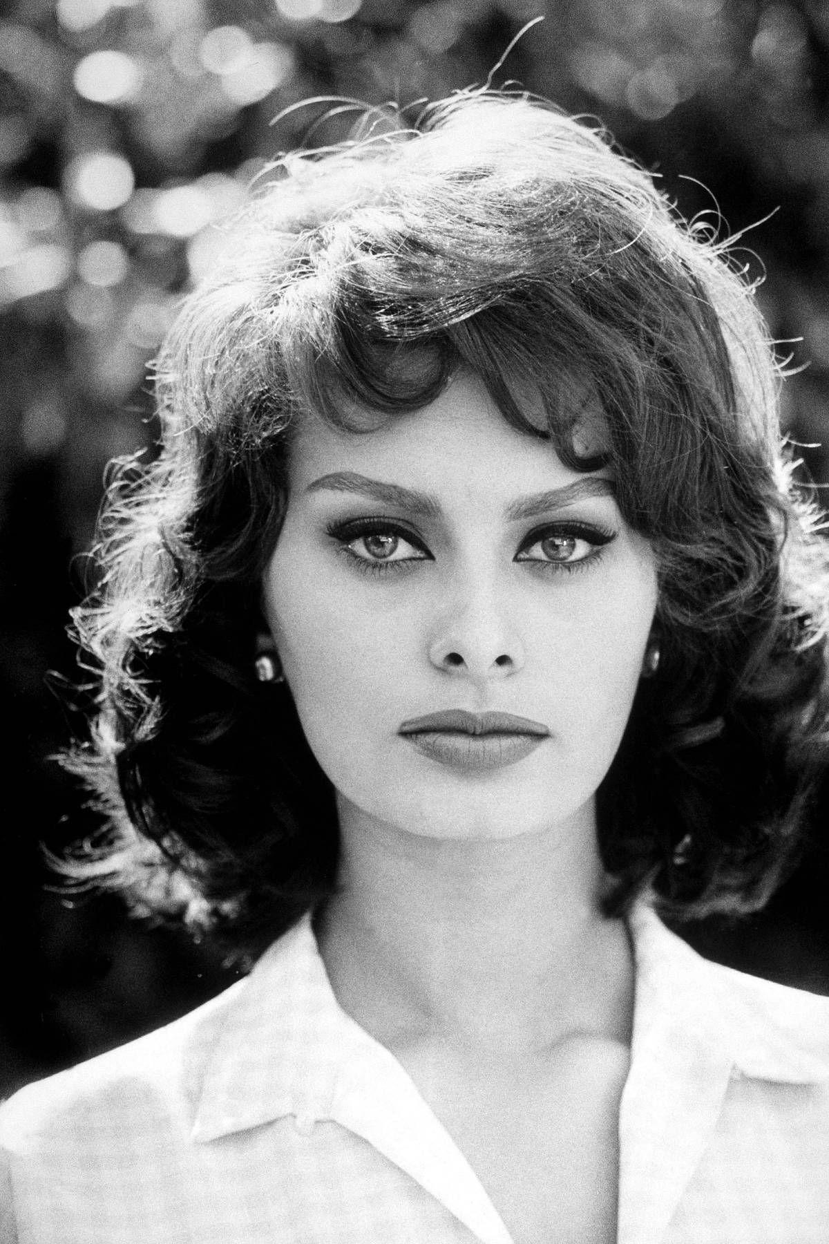 Photos of Sophia Loren - Sophia Loren In Photos