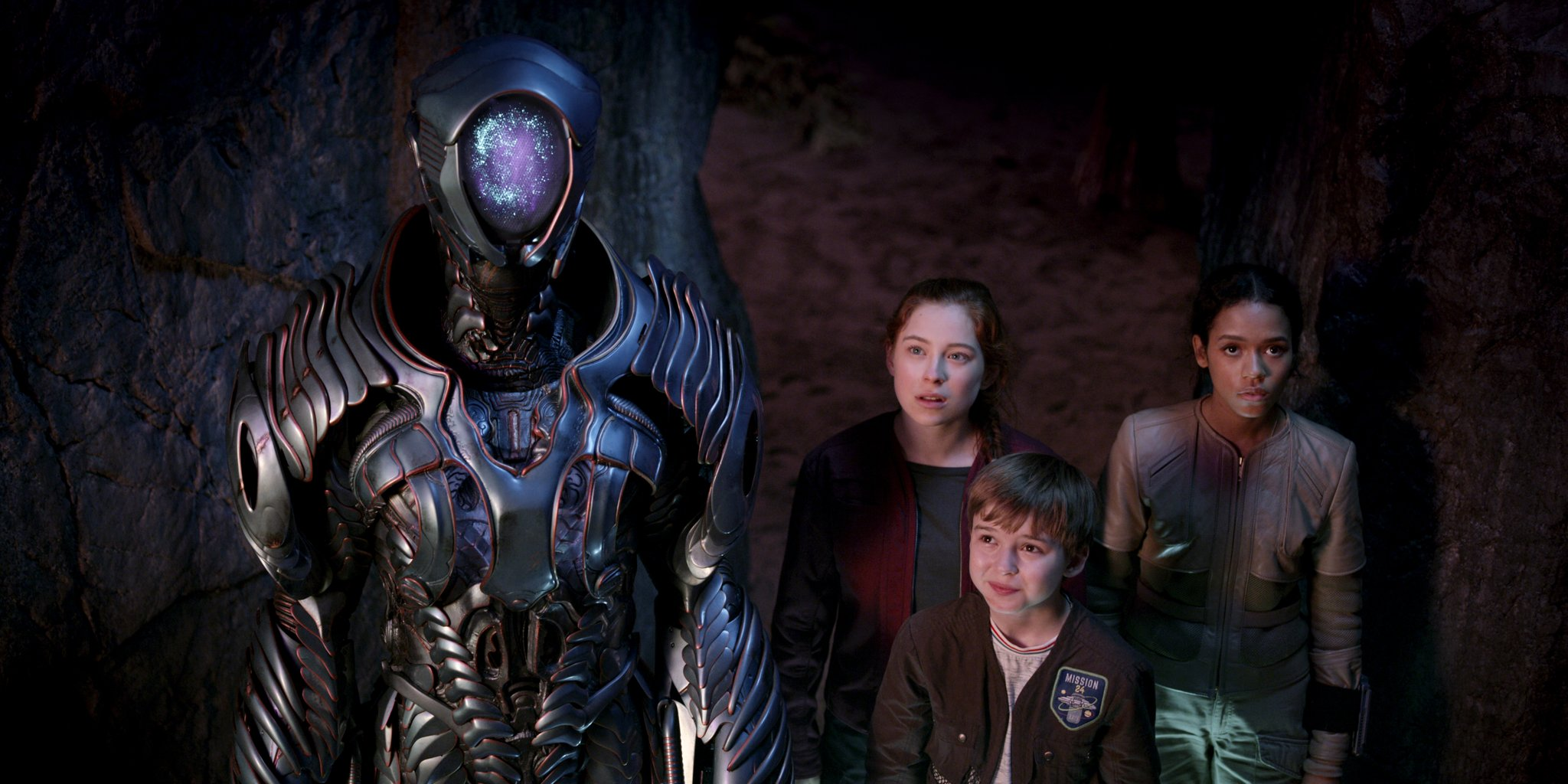Who Plays the Robot in Lost in Space? | POPSUGAR Entertainment