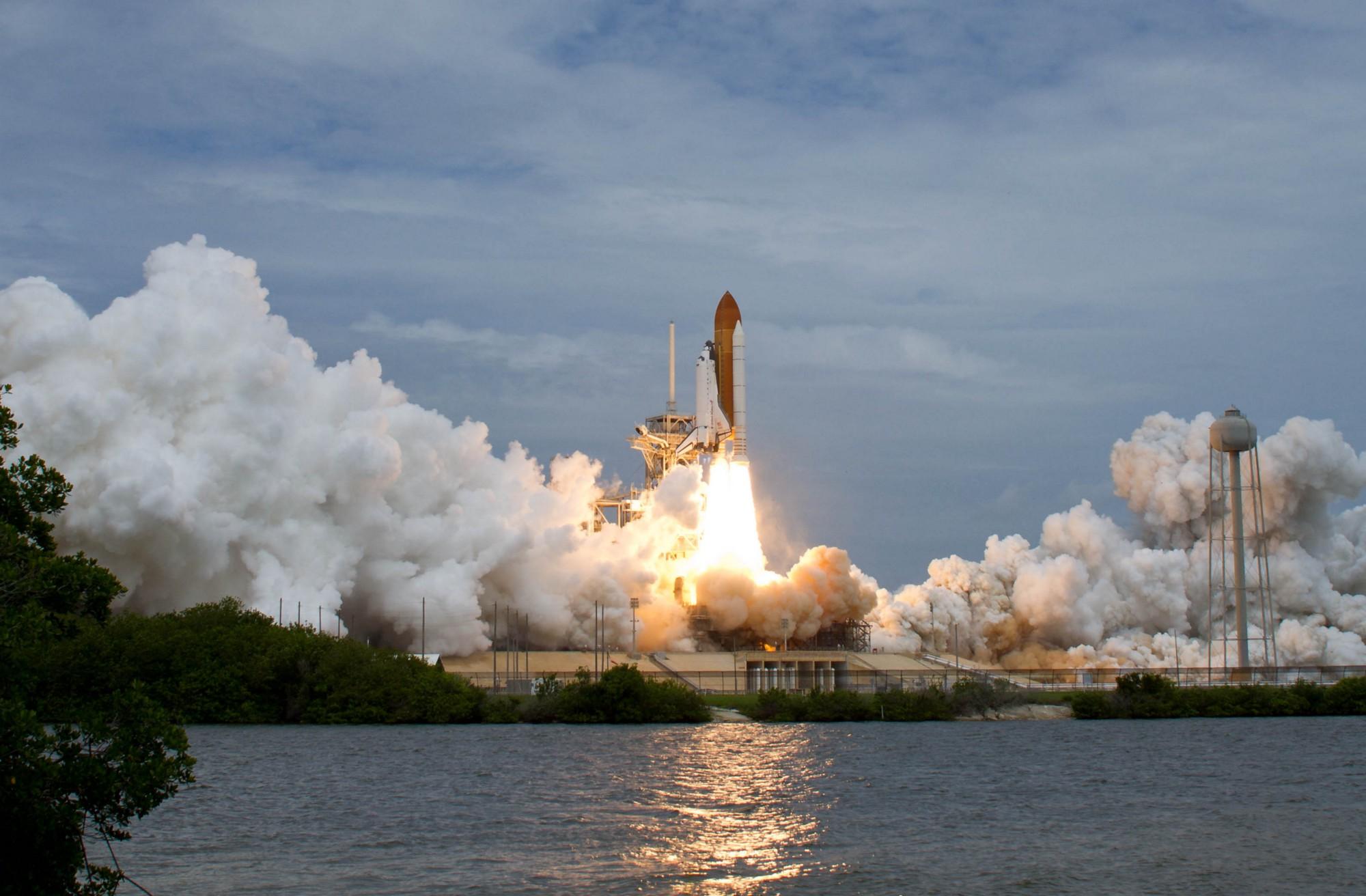 Space shuttle launch photo
