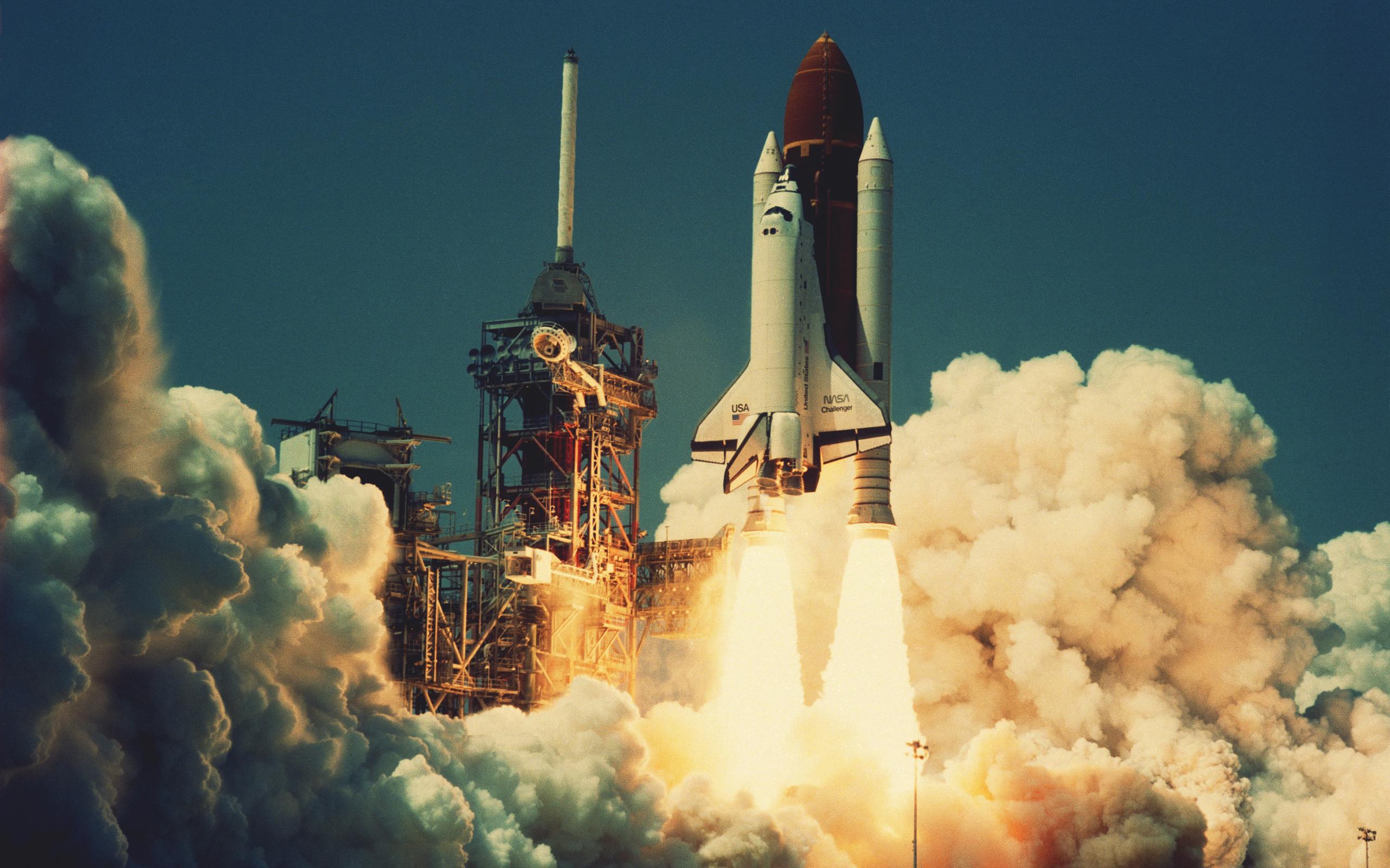 Creative & Graphics Space Shuttle Rocket wallpapers (Desktop, Phone ...