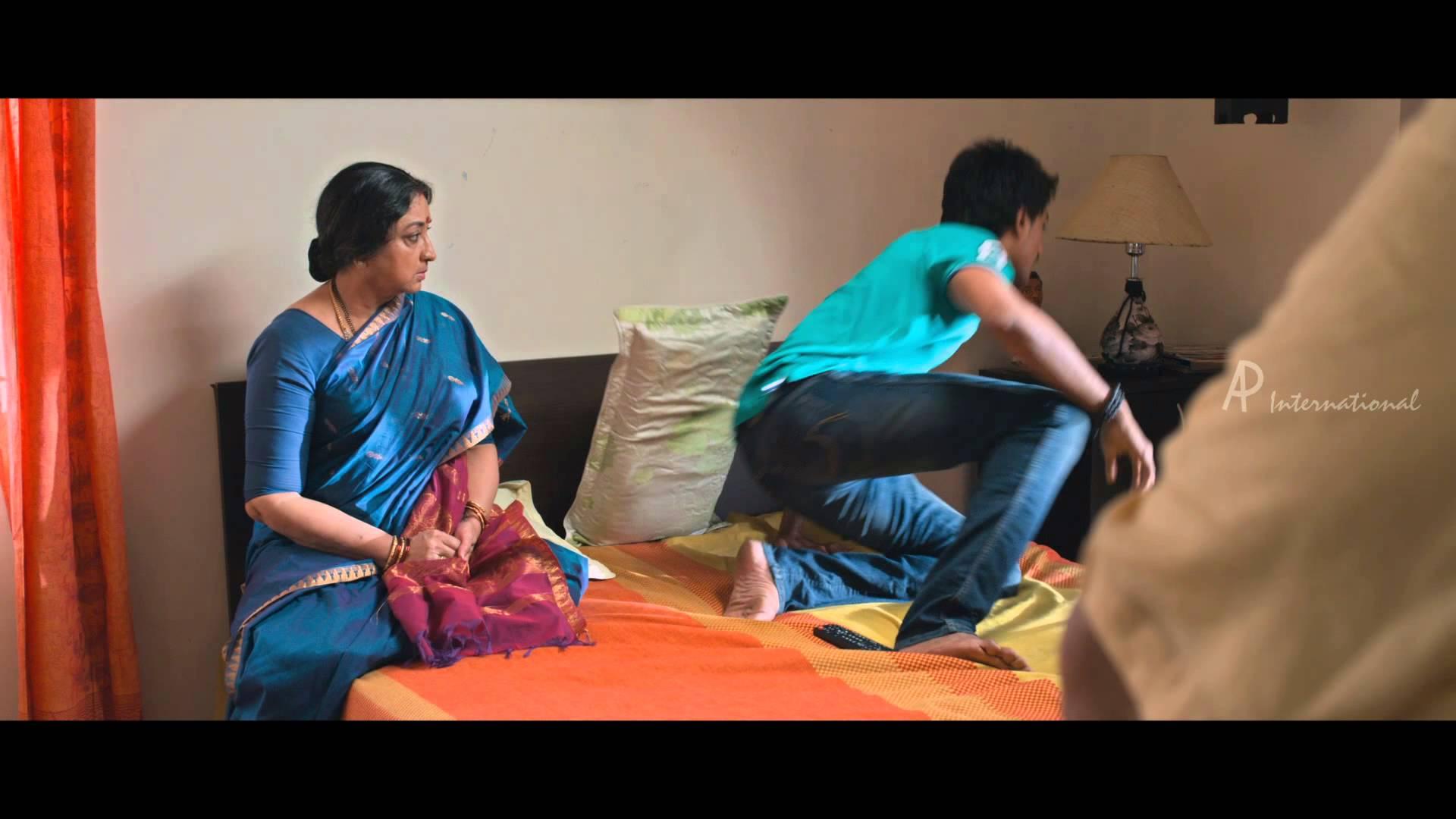 Moone Moonu Varthai Movie | Scenes | Lakshmi and SPB return home ...