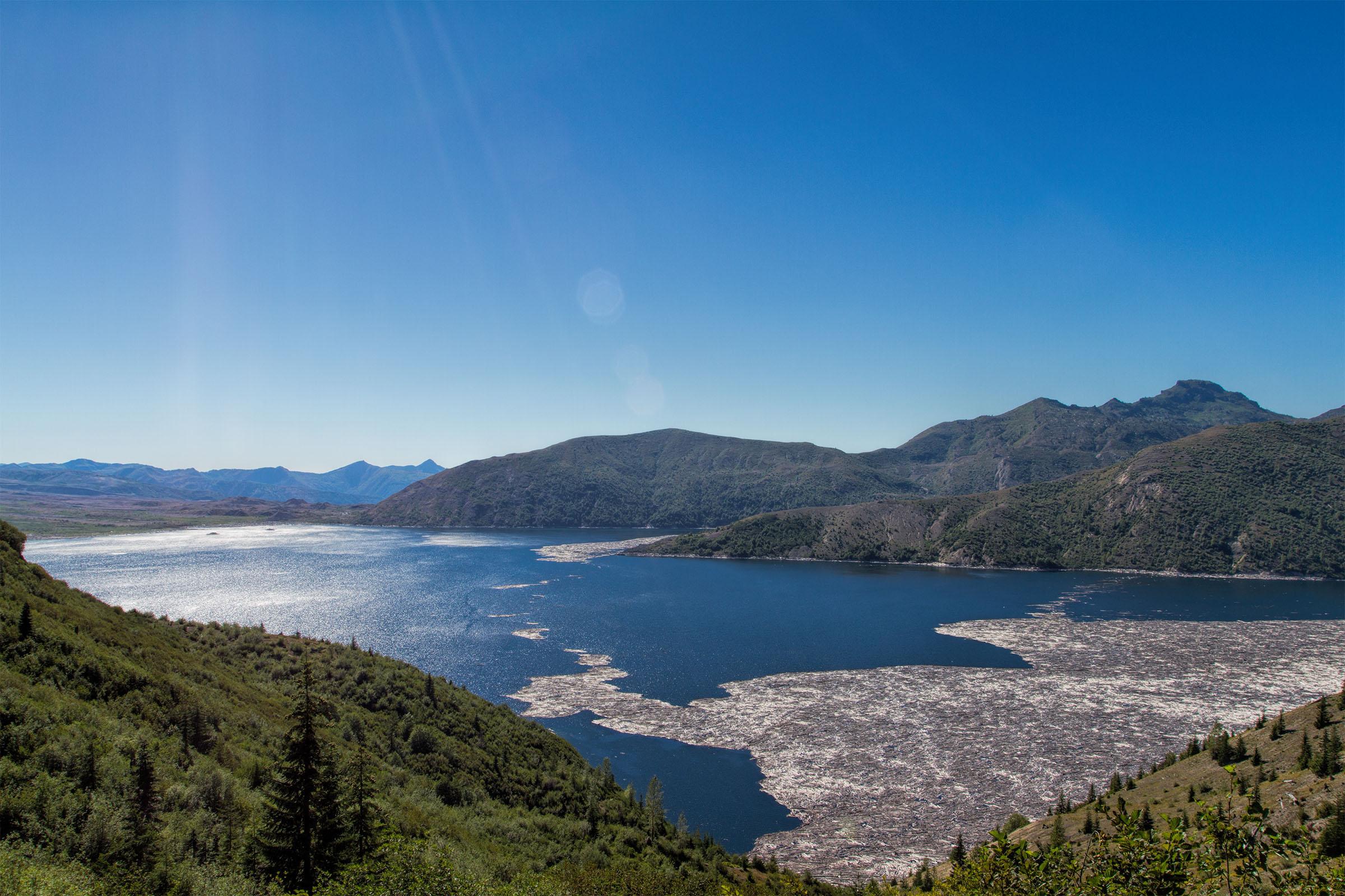 Spirit lake photo