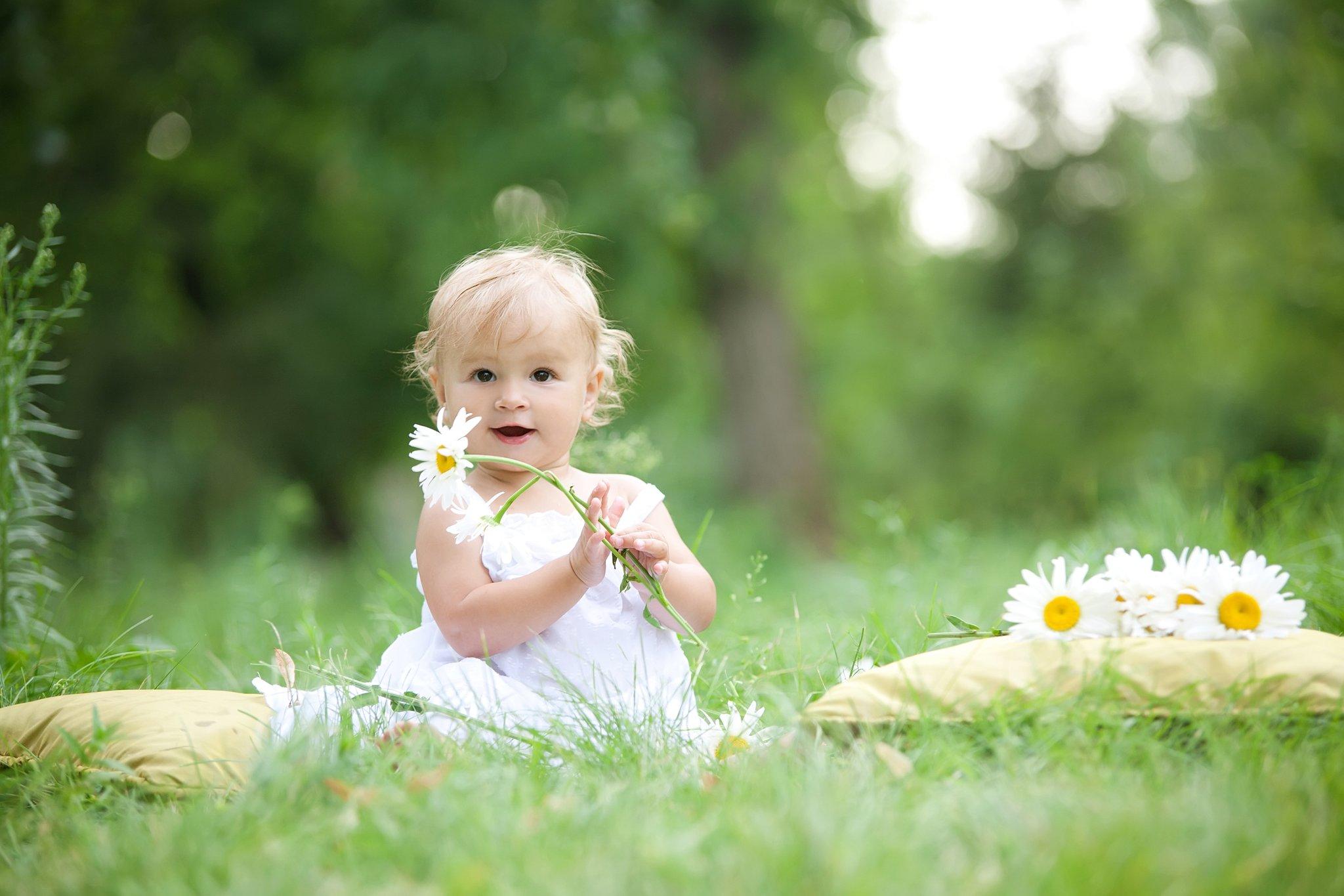 Spring Baby Names   POPSUGAR Moms