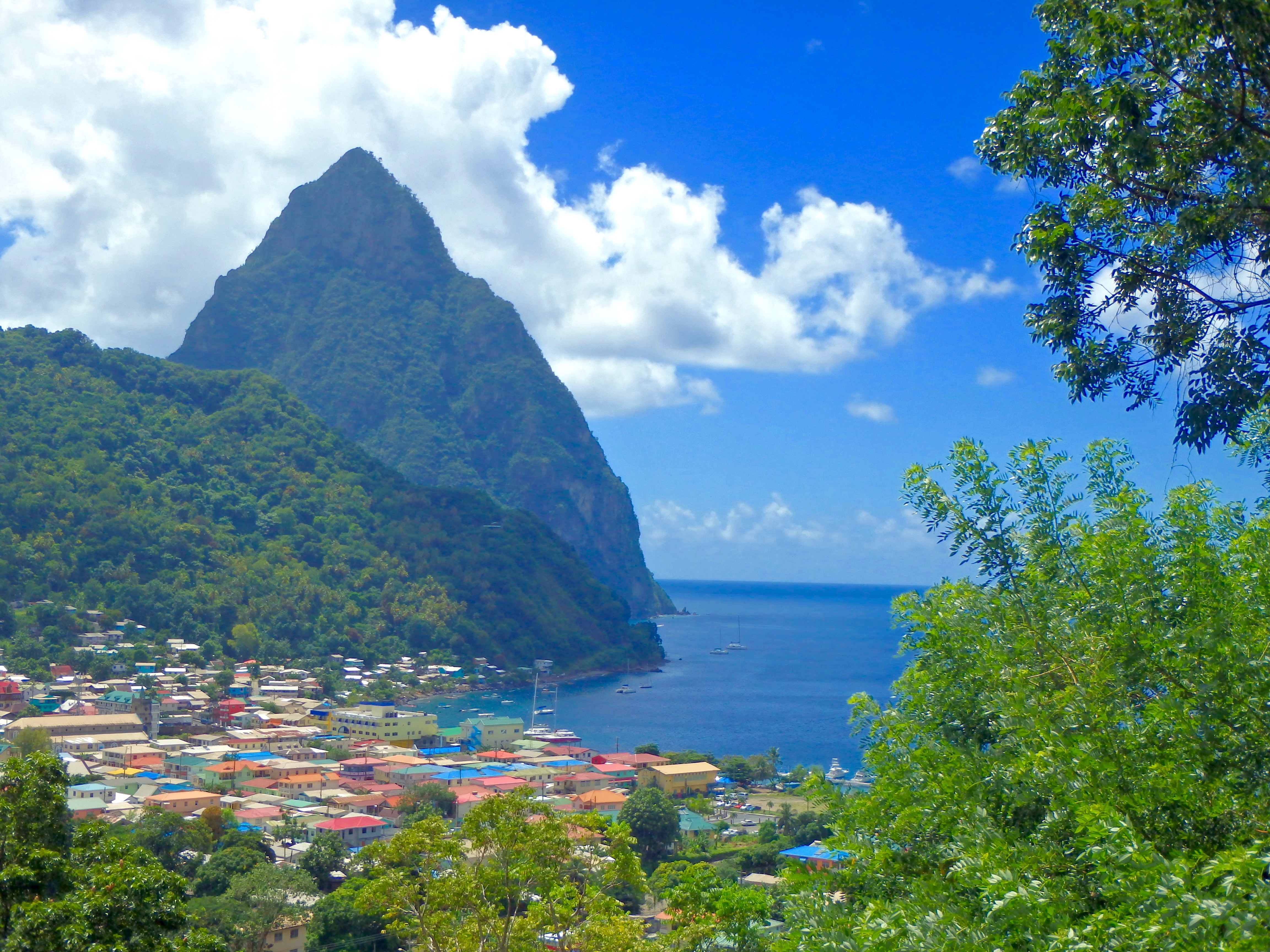 A Quick Travel Guide for St Lucia Vacations - A Caribbean Island ...