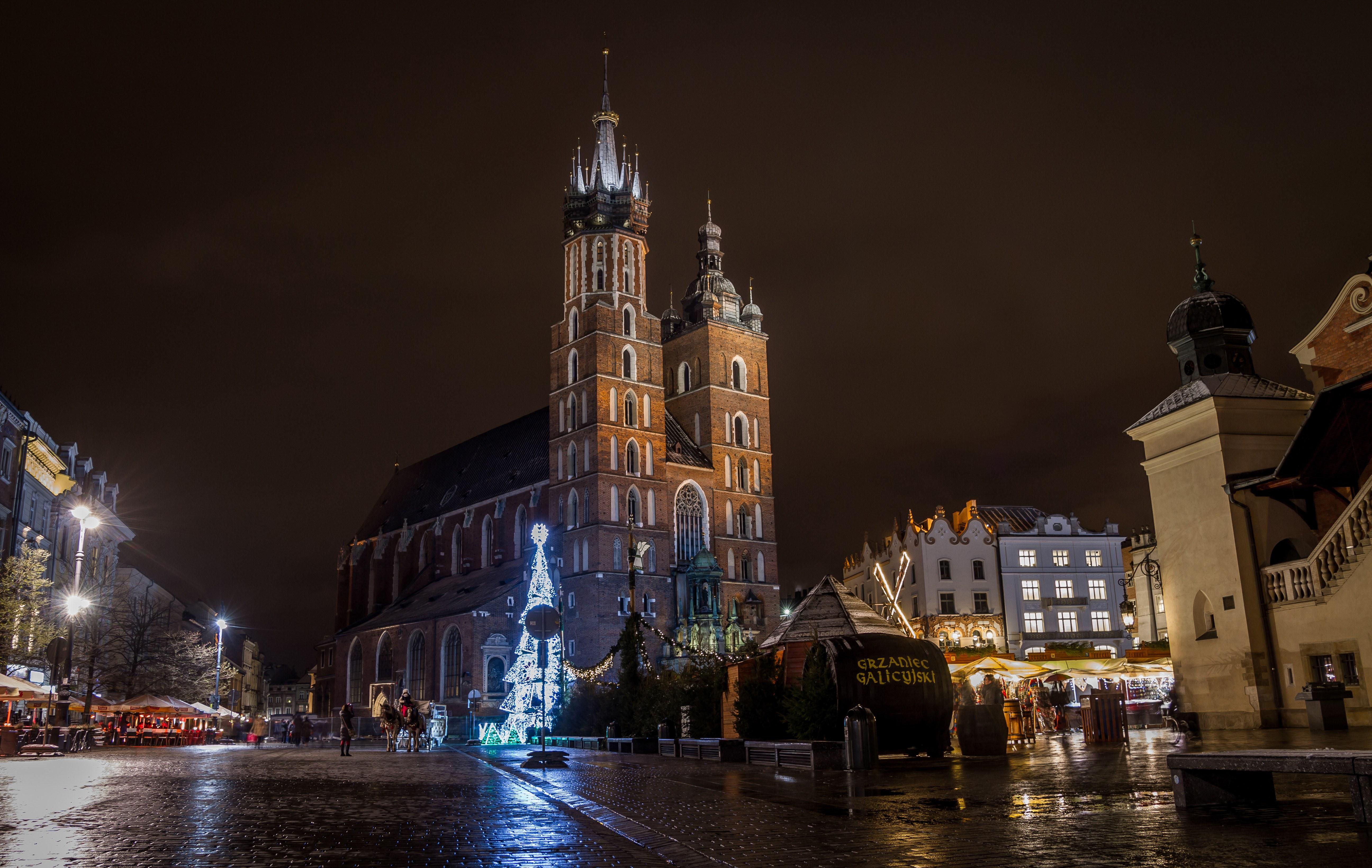 St mary's basilica (kościół mariacki) during christmas, krakow poland photo