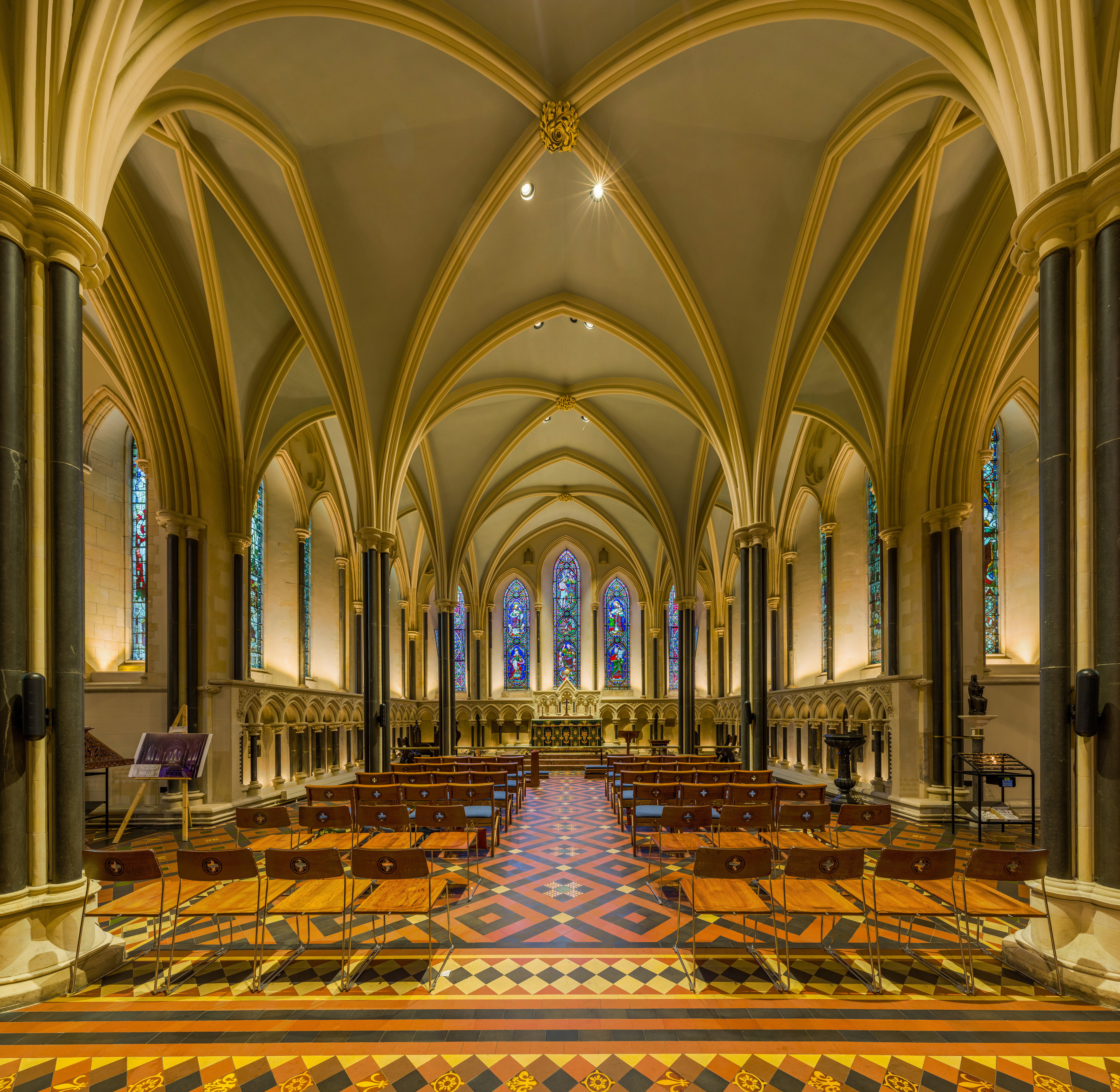 File:St Patrick's Cathedral Lady Chapel, Dublin, Ireland - Diliff ...