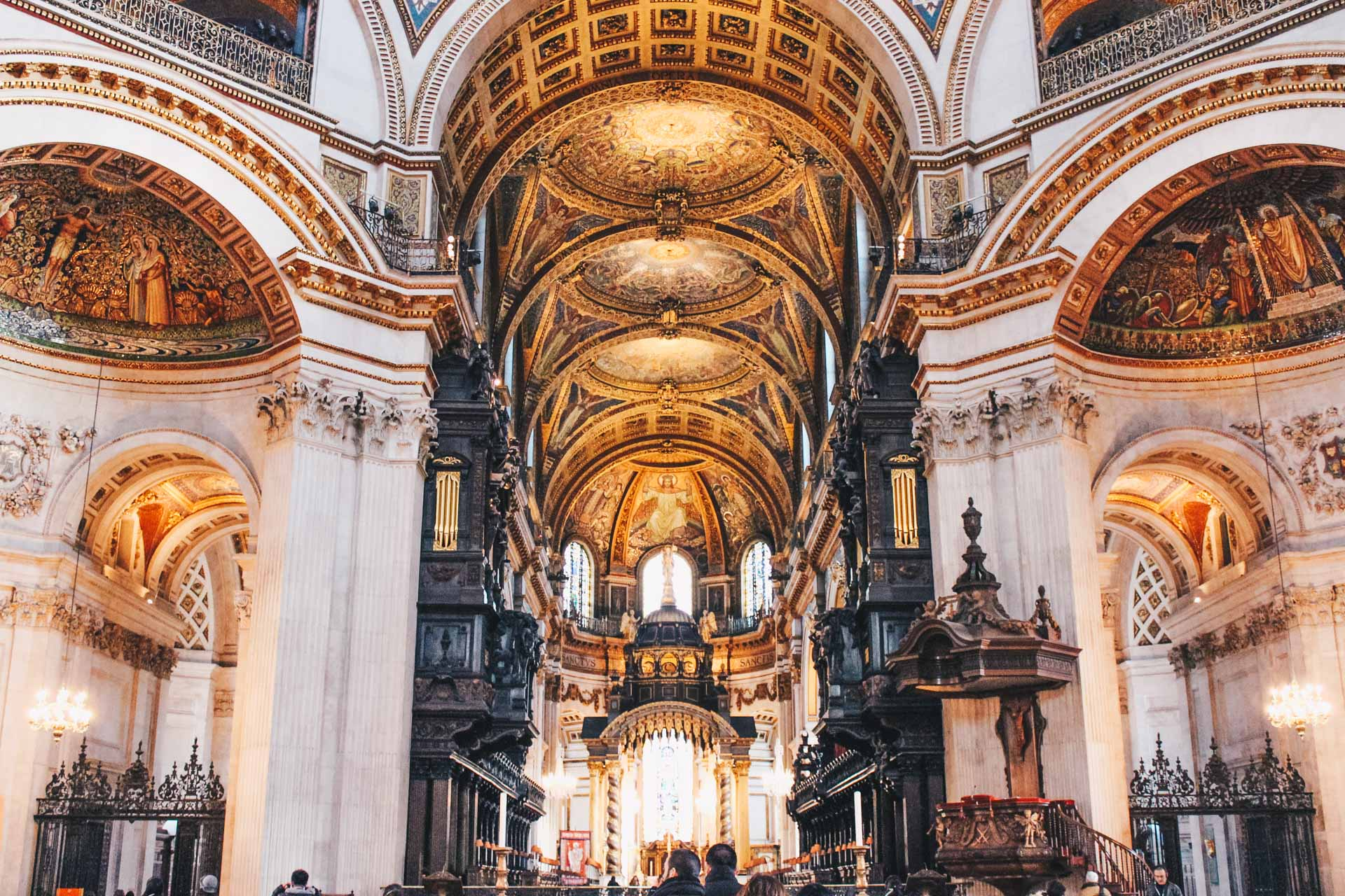 A Look Inside St Paul's Cathedral In London - The Wanderblogger