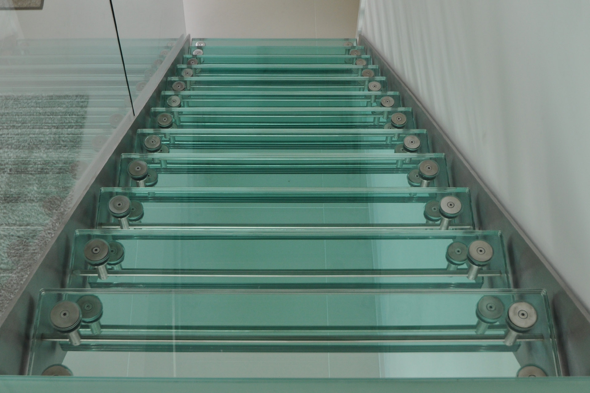 Cool Straight Glass Stairs With Stainless Steel Handrail And ...