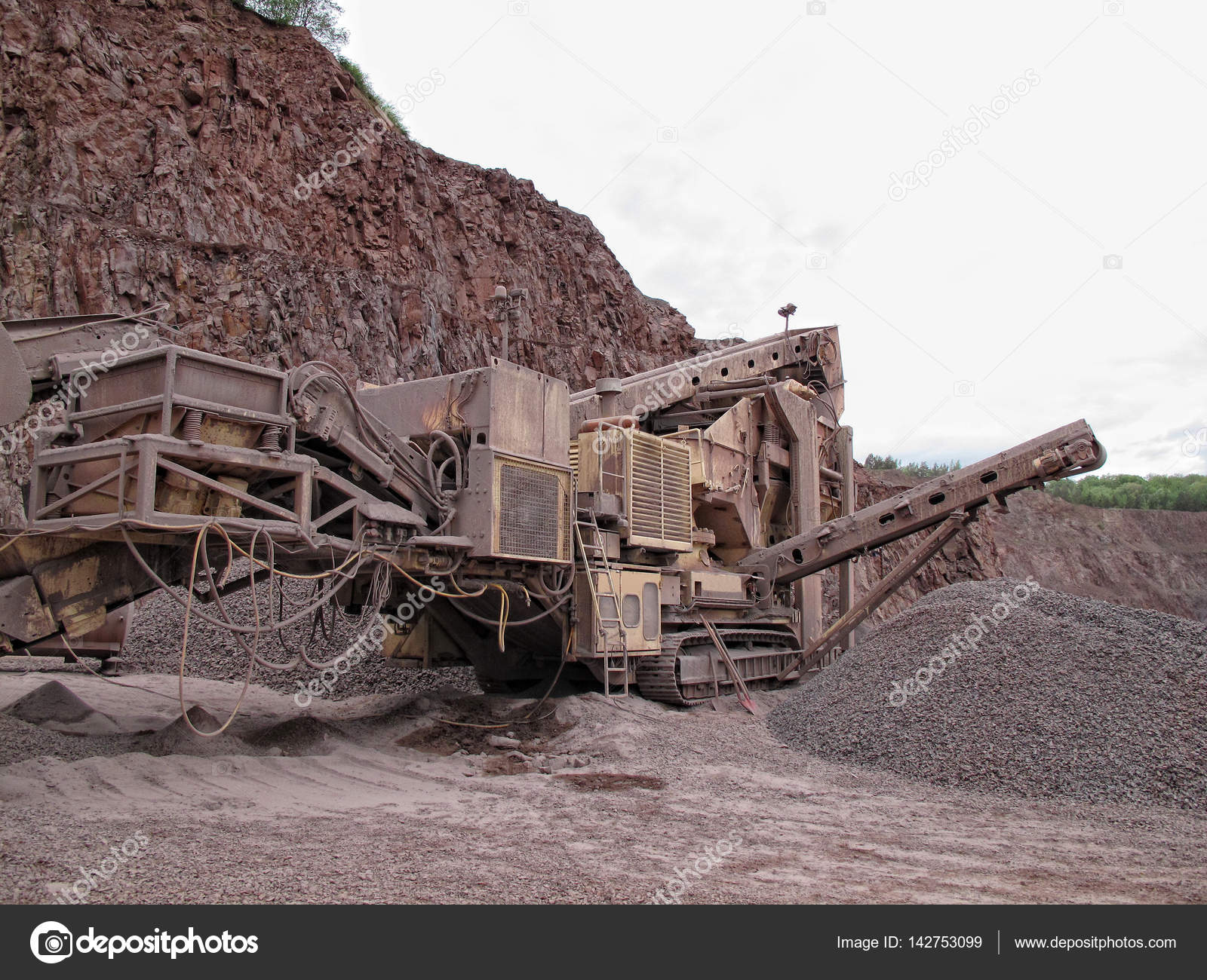 stone crusher in porphyry surface mine. hdr image — Stock Photo ...