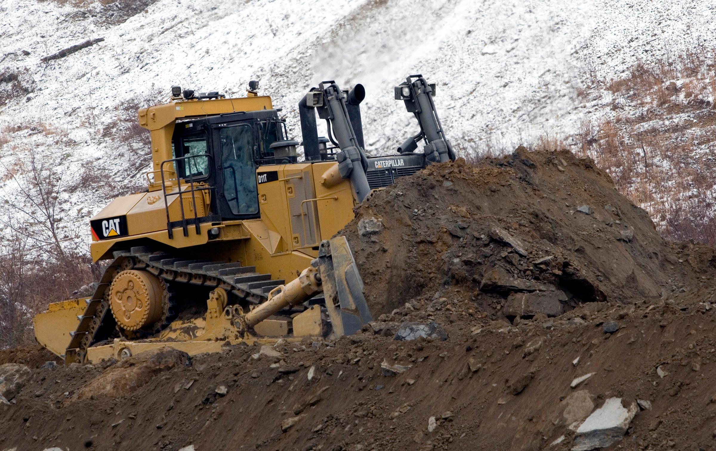 Cat D11T dozer meets Tier 4 final emissions standards