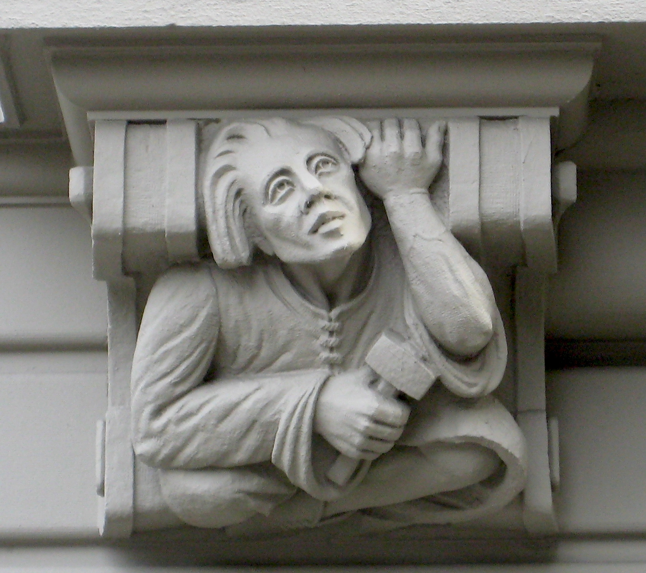 The stone masons on a Clinton Hill building | Ephemeral New York
