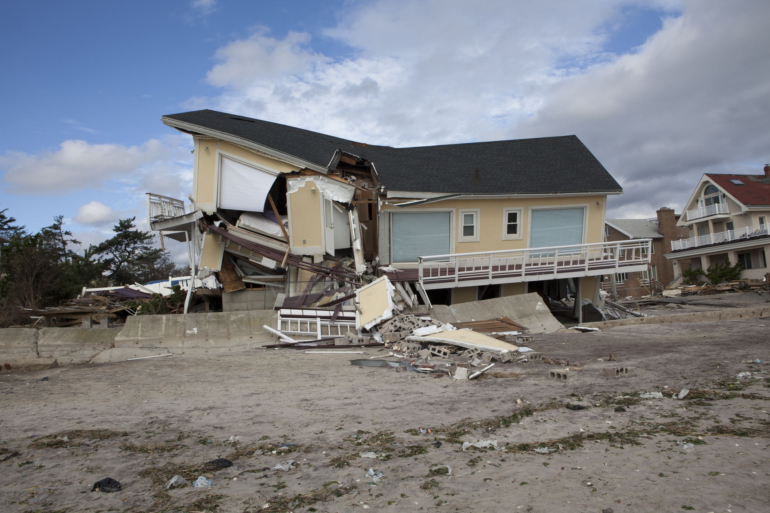 Florida Hurricane & Property Damage Claims Lawyer | LWM