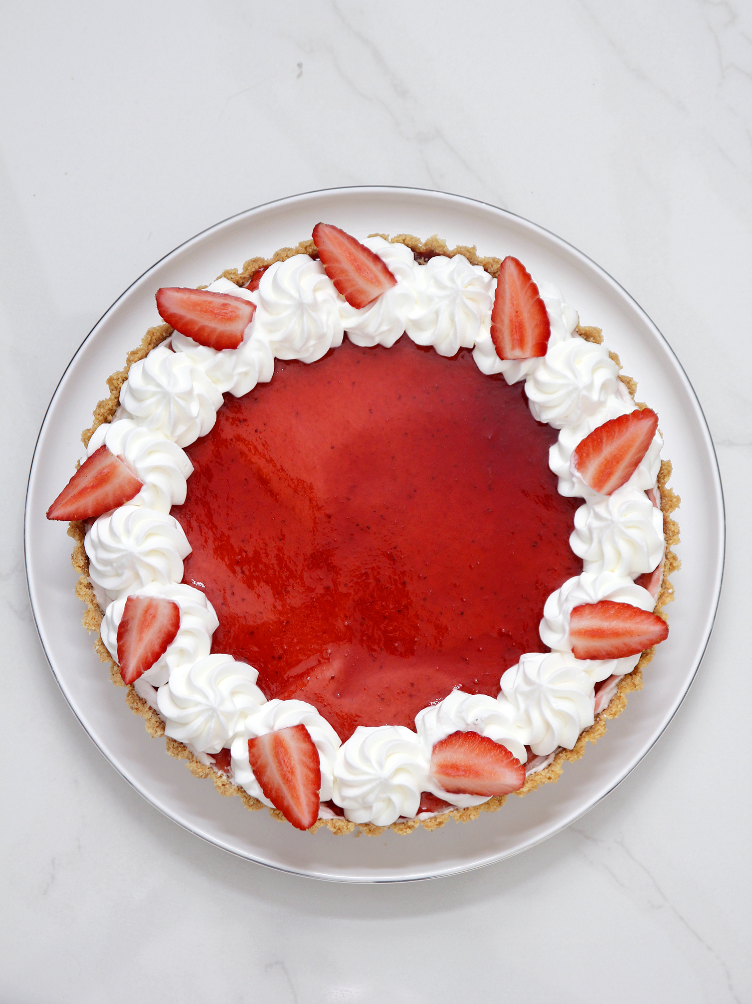 White Chocolate Strawberry Tart | Lil' Cookie