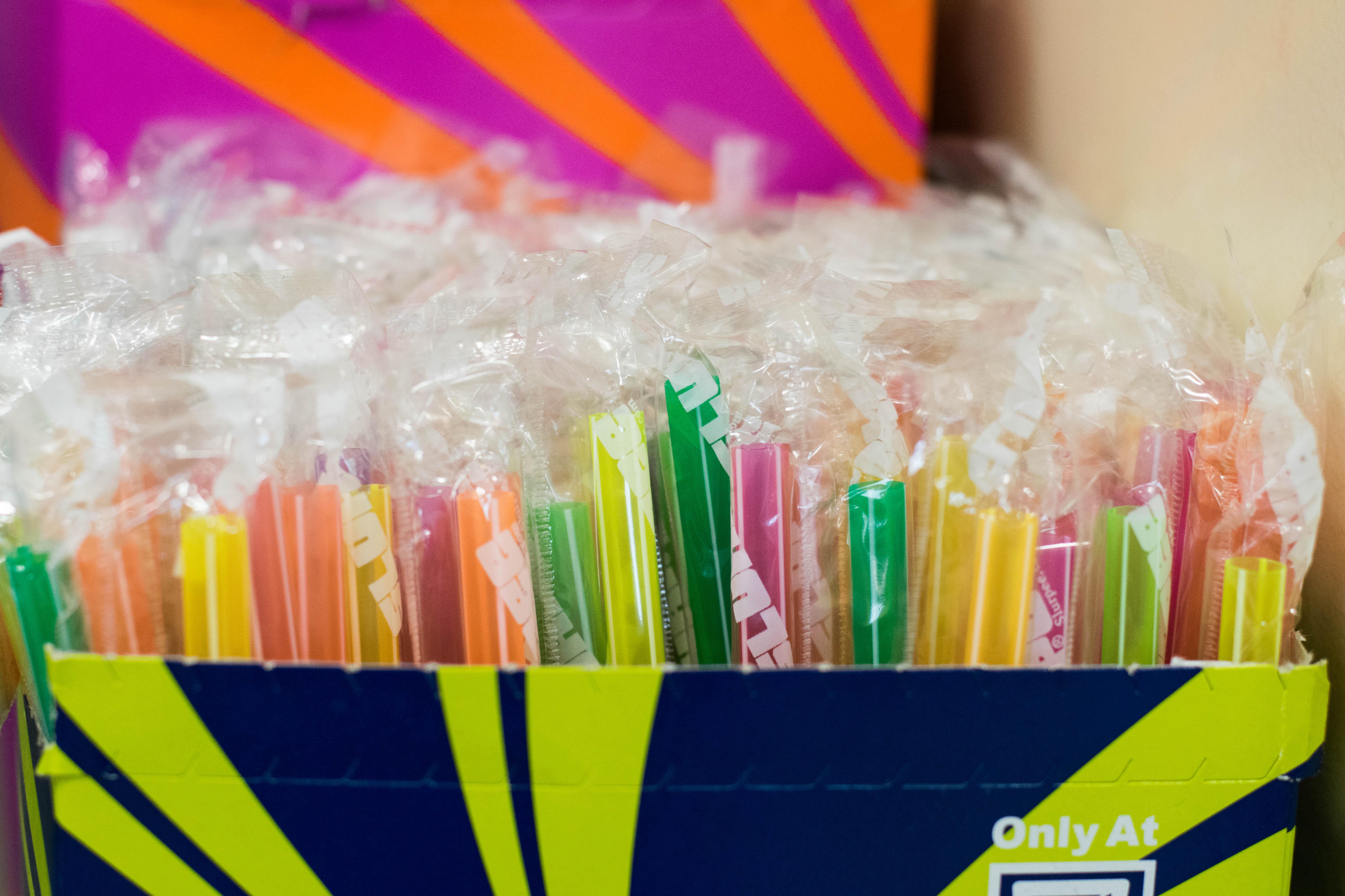 Straws photo