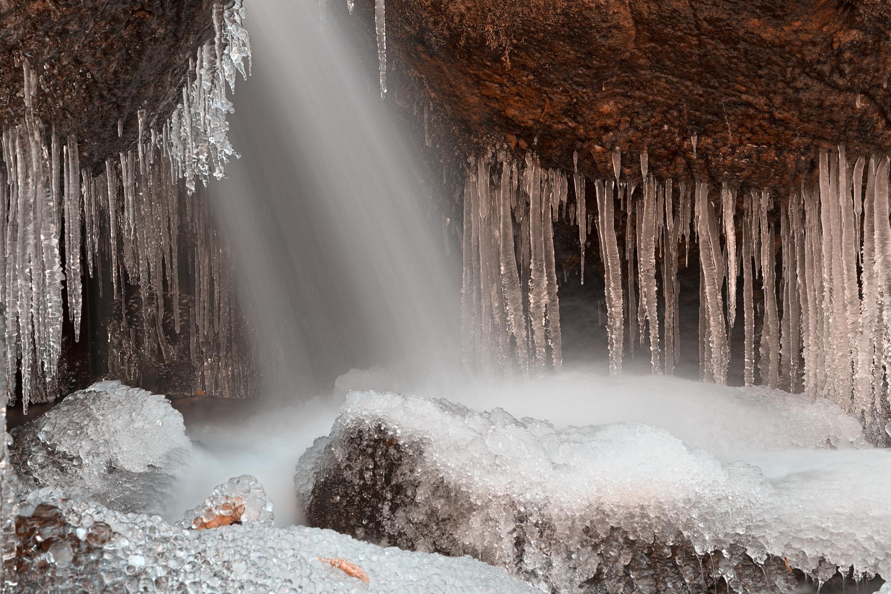 Stream of Frozen Hope - HDR, America, Scene, Red, River, HQ Photo