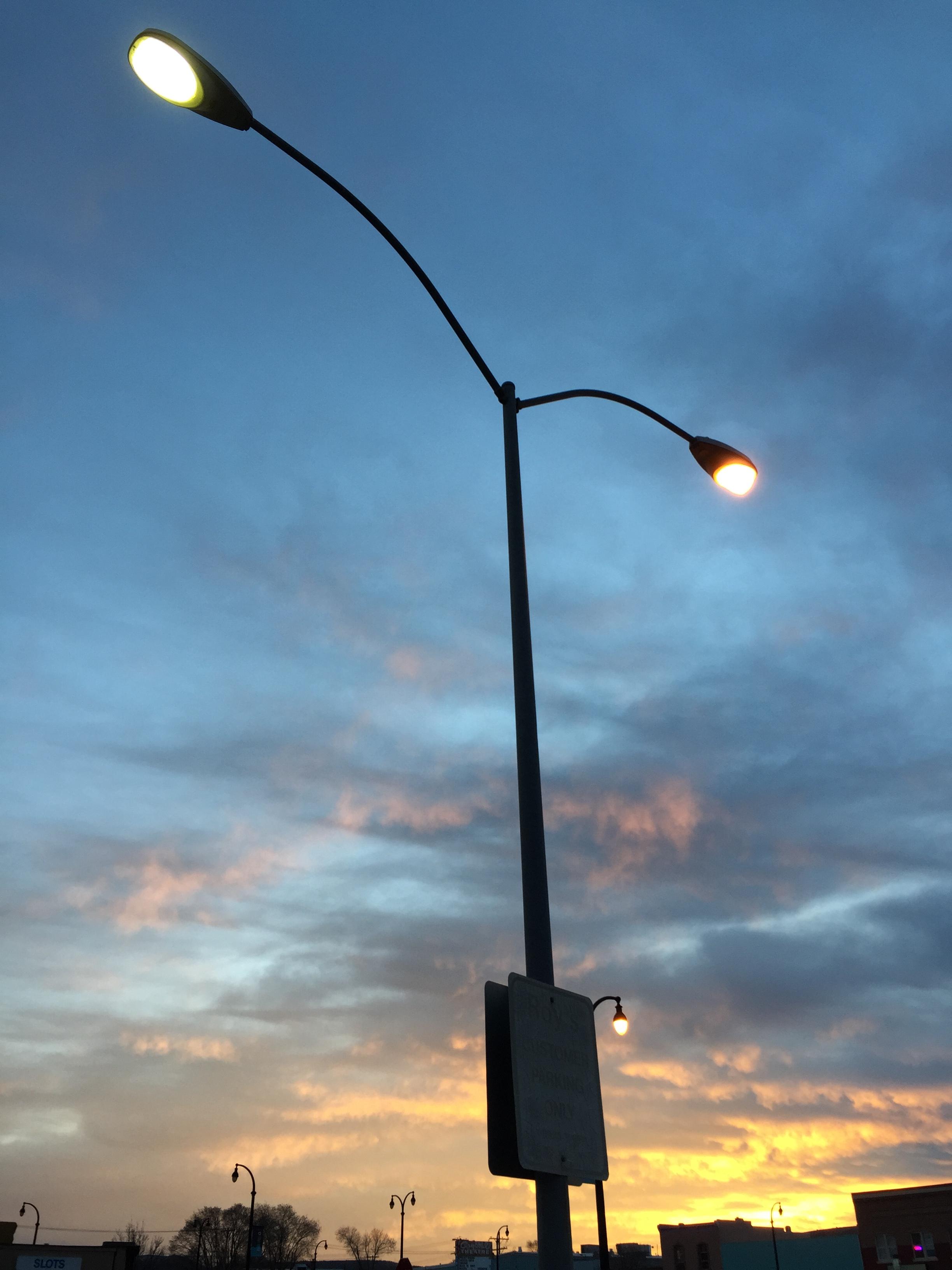 File:2015-02-14 06 37 40 Street light post with both sodium vapor ...