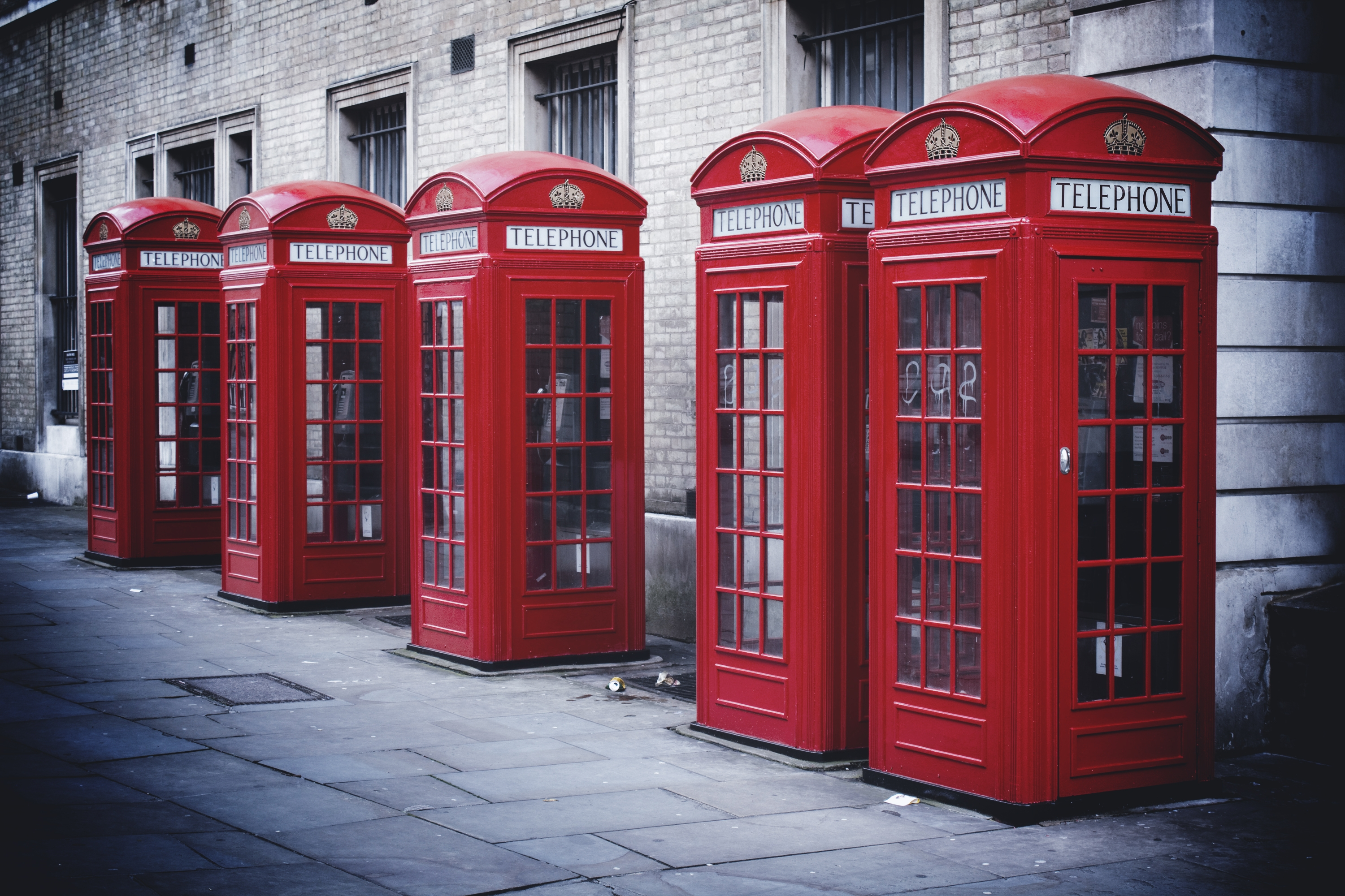 Wallpaper England, London, Phone booth, city, street, black and ...