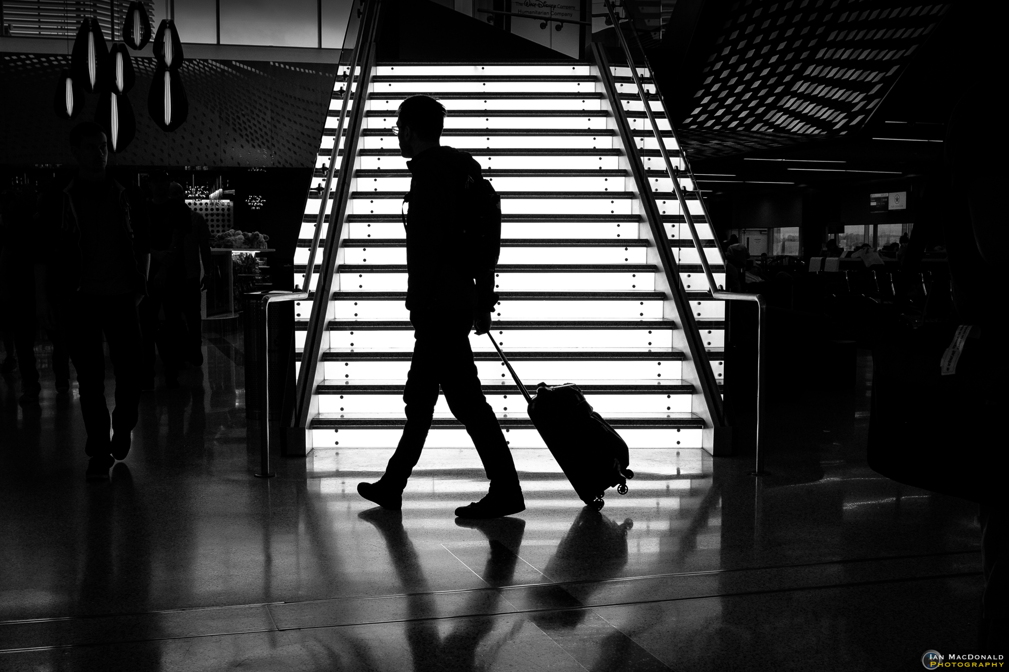 Street Photography Silhouettes – Ian MacDonald Photography