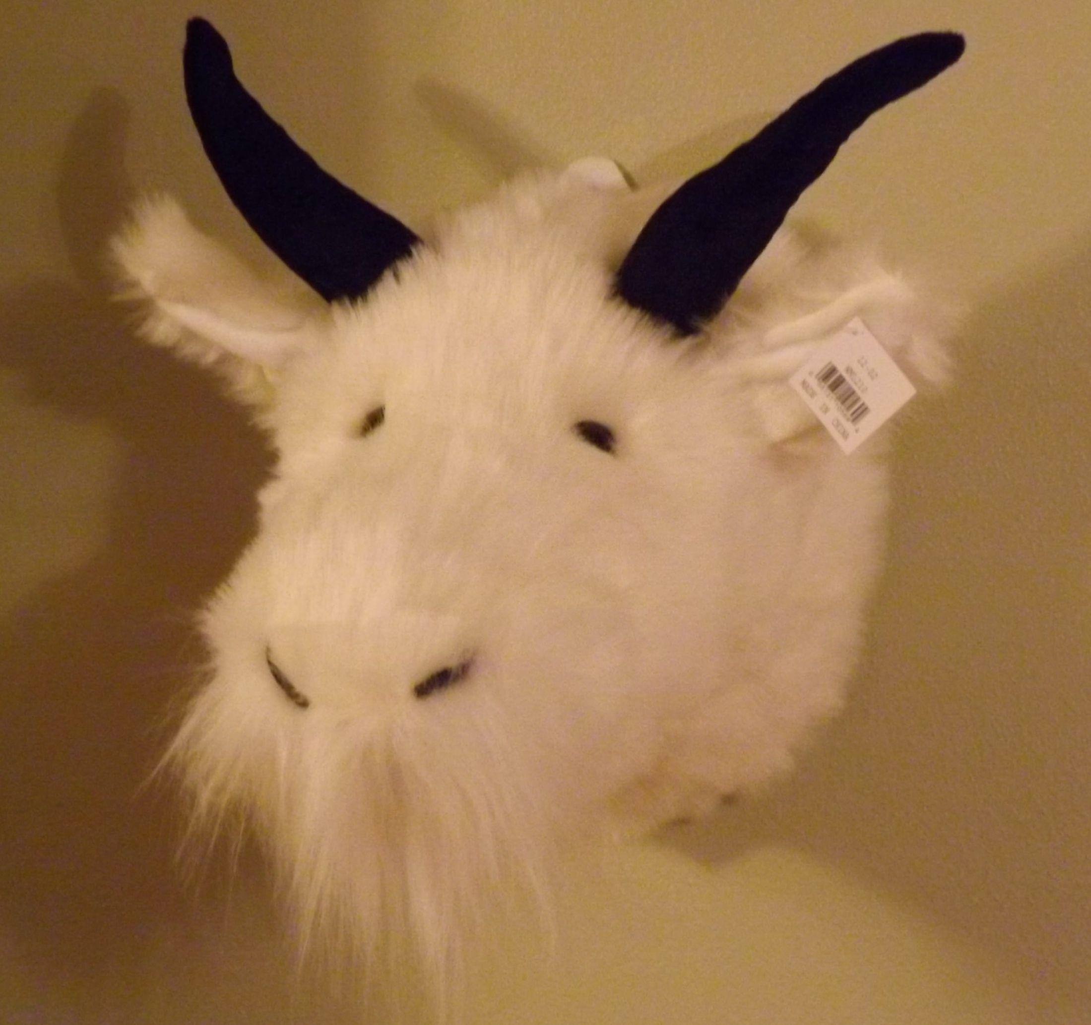 Mountain Goat Plush Head Mount – Faux Fur Mountain Goat Trophy Head |