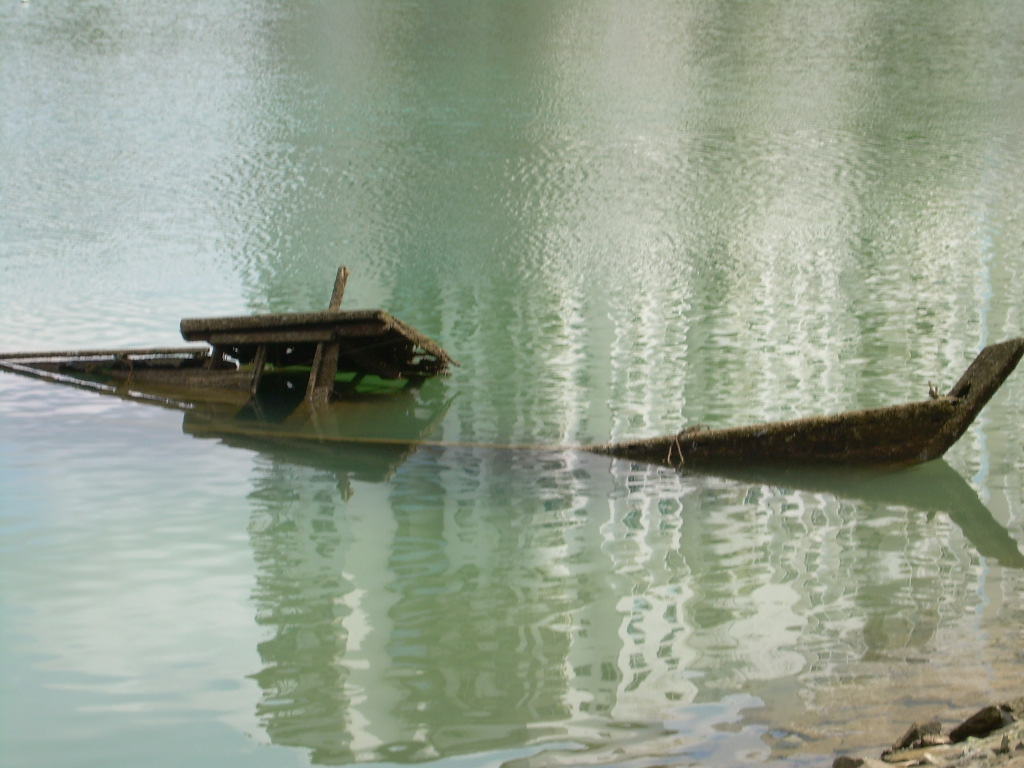 Sunken boat, Below, Boat, Lagoon, Lake, HQ Photo