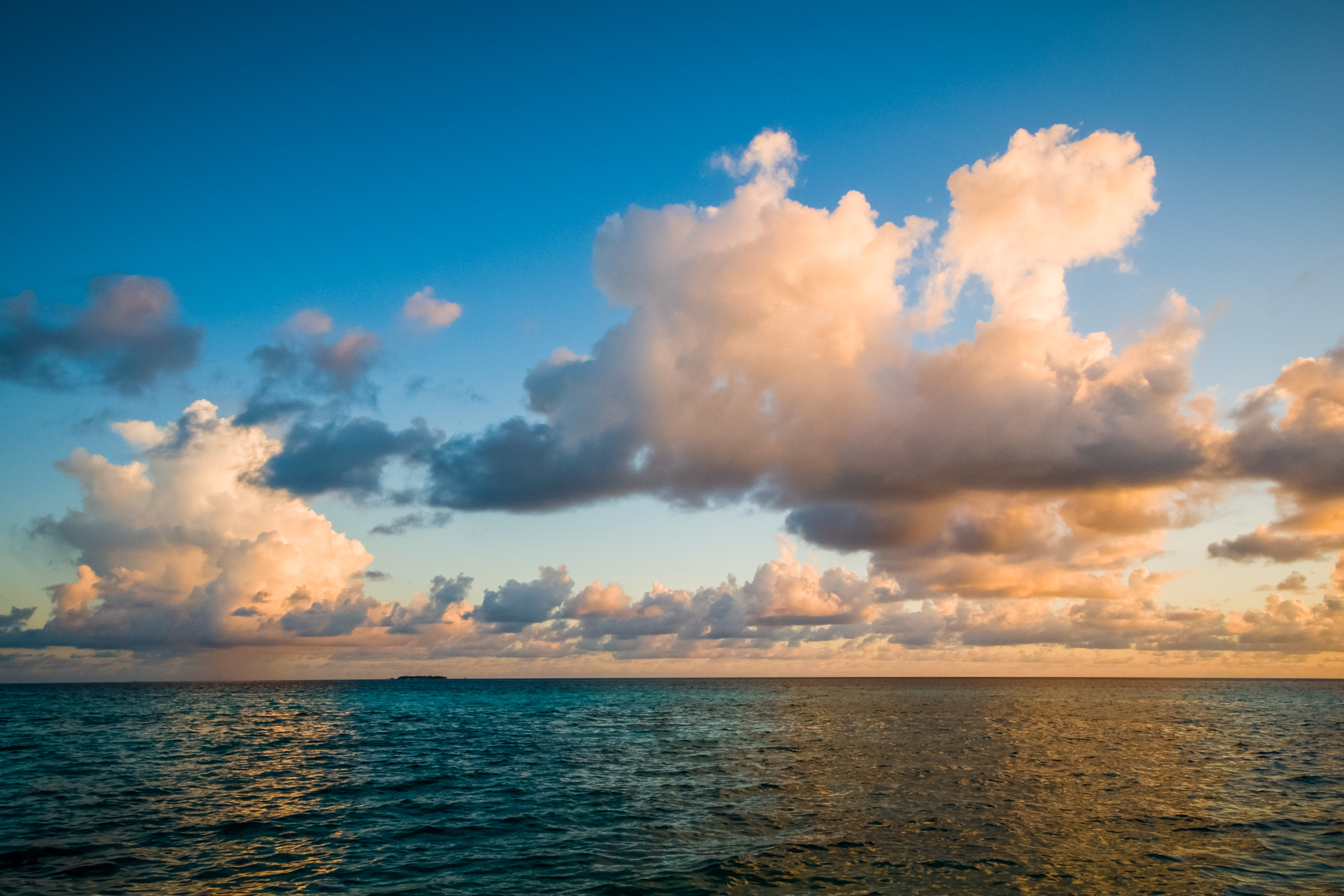 Tropical sea sunset clouds - Pattern Pictures free textures and free ...