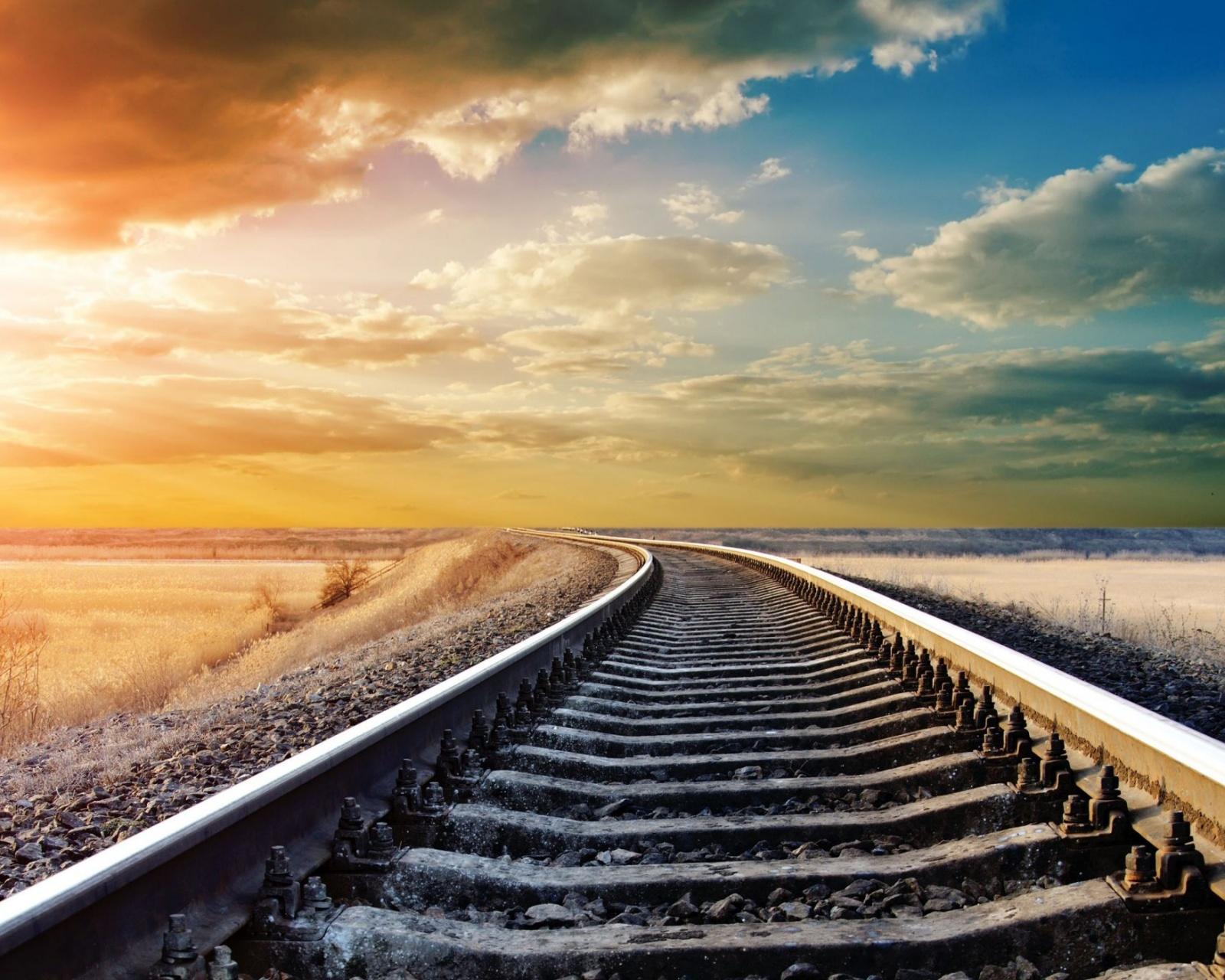 Sunset Winter Railway Wallpaper - [1600x1280]