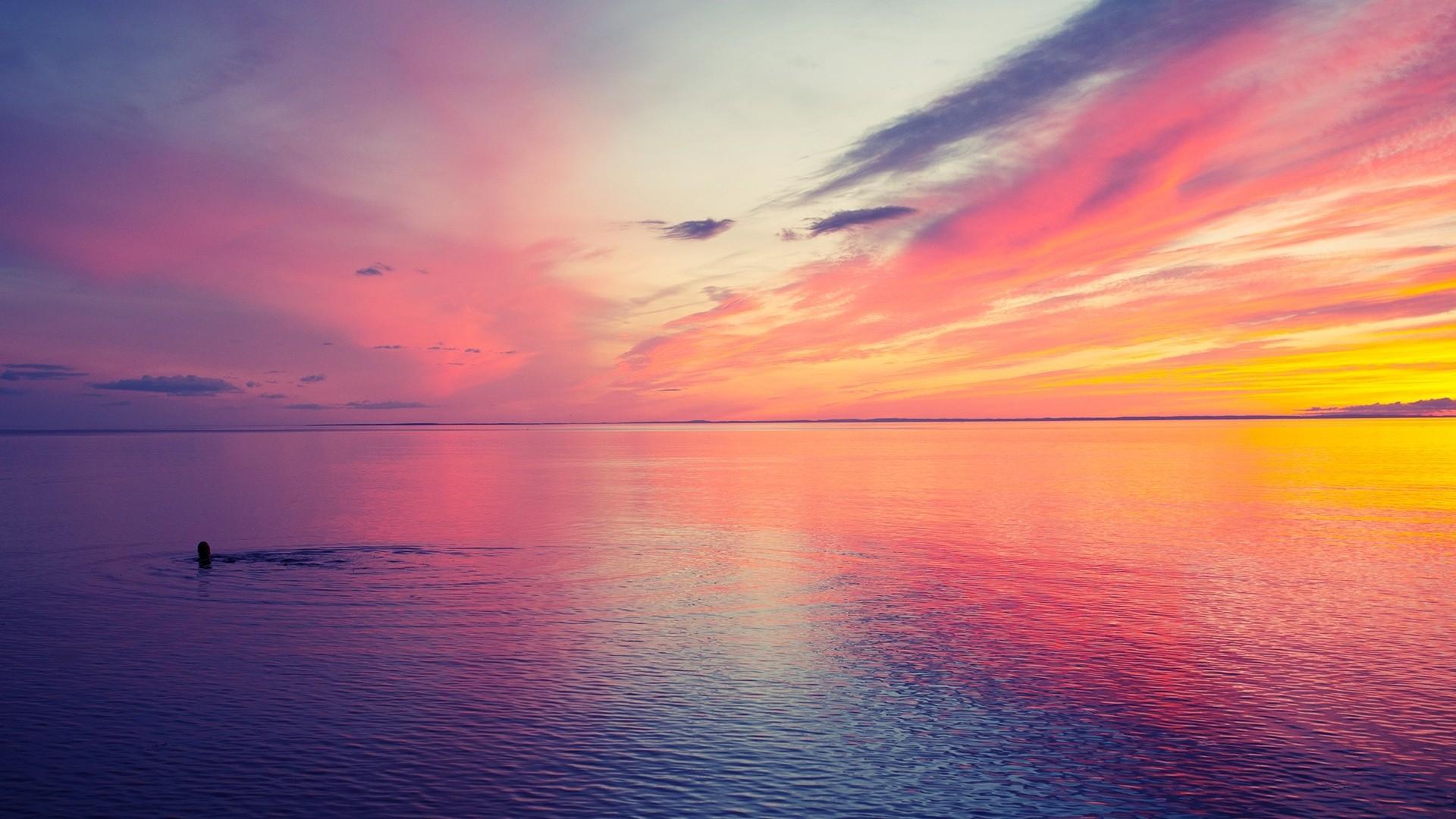 Sky: Beautiful Magical Colors Swimmer Sunset Sky Swimming Sea ...