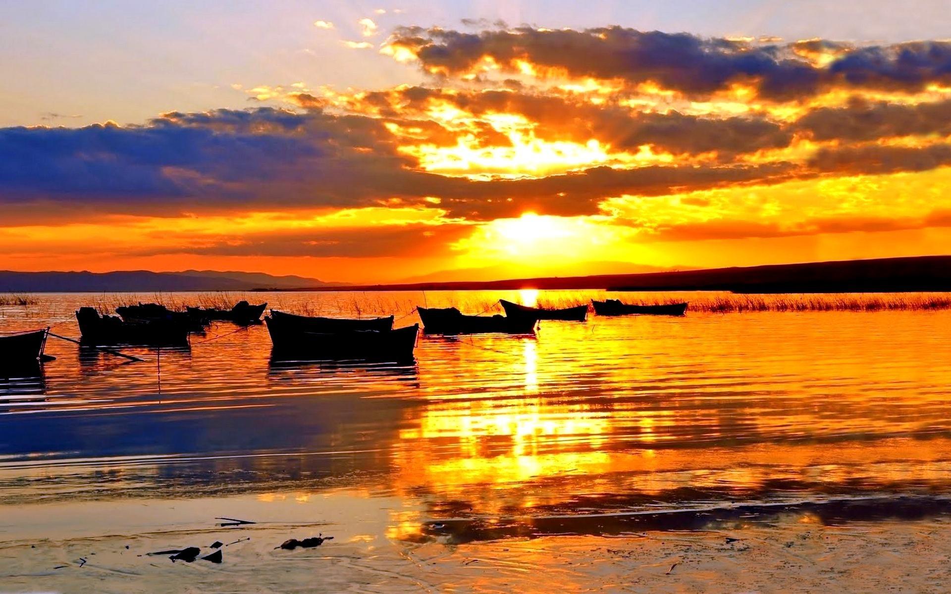 Sunsets: Boats Superb Sunset Boat Reflection Harbor Fullscreen ...