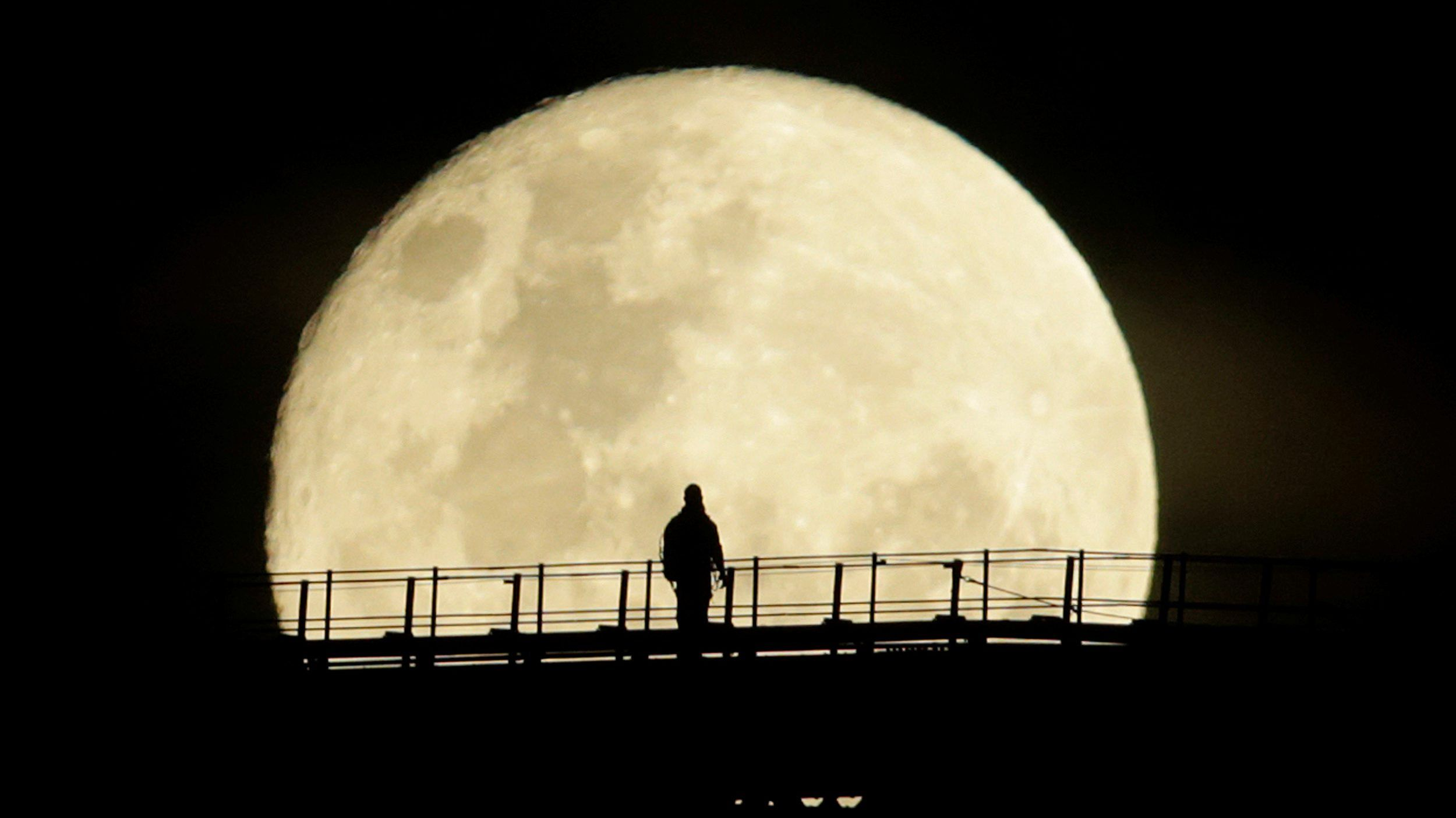Super moon photo