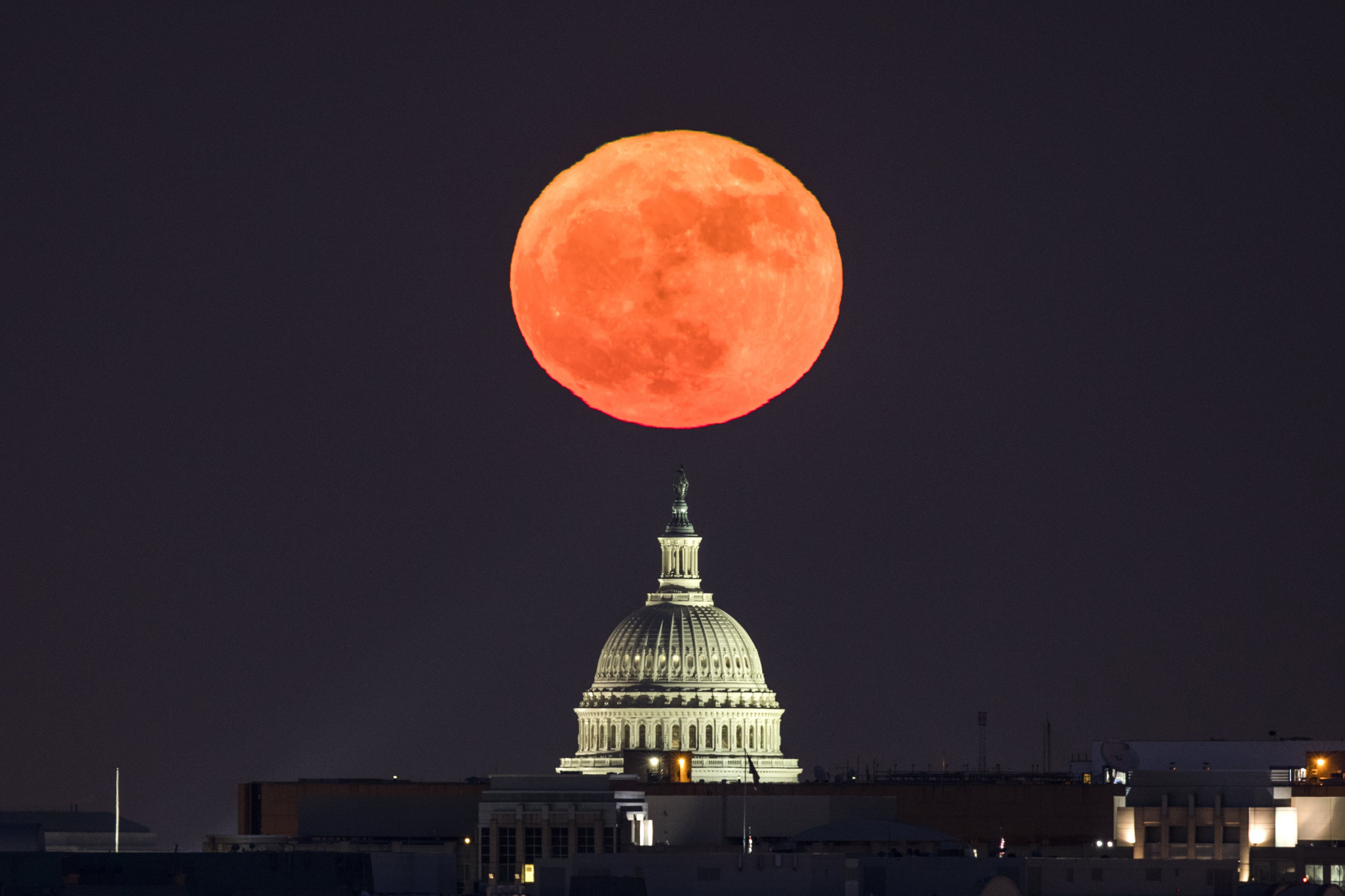 Supermoon will be visible for the only time in 2017 - NBC News