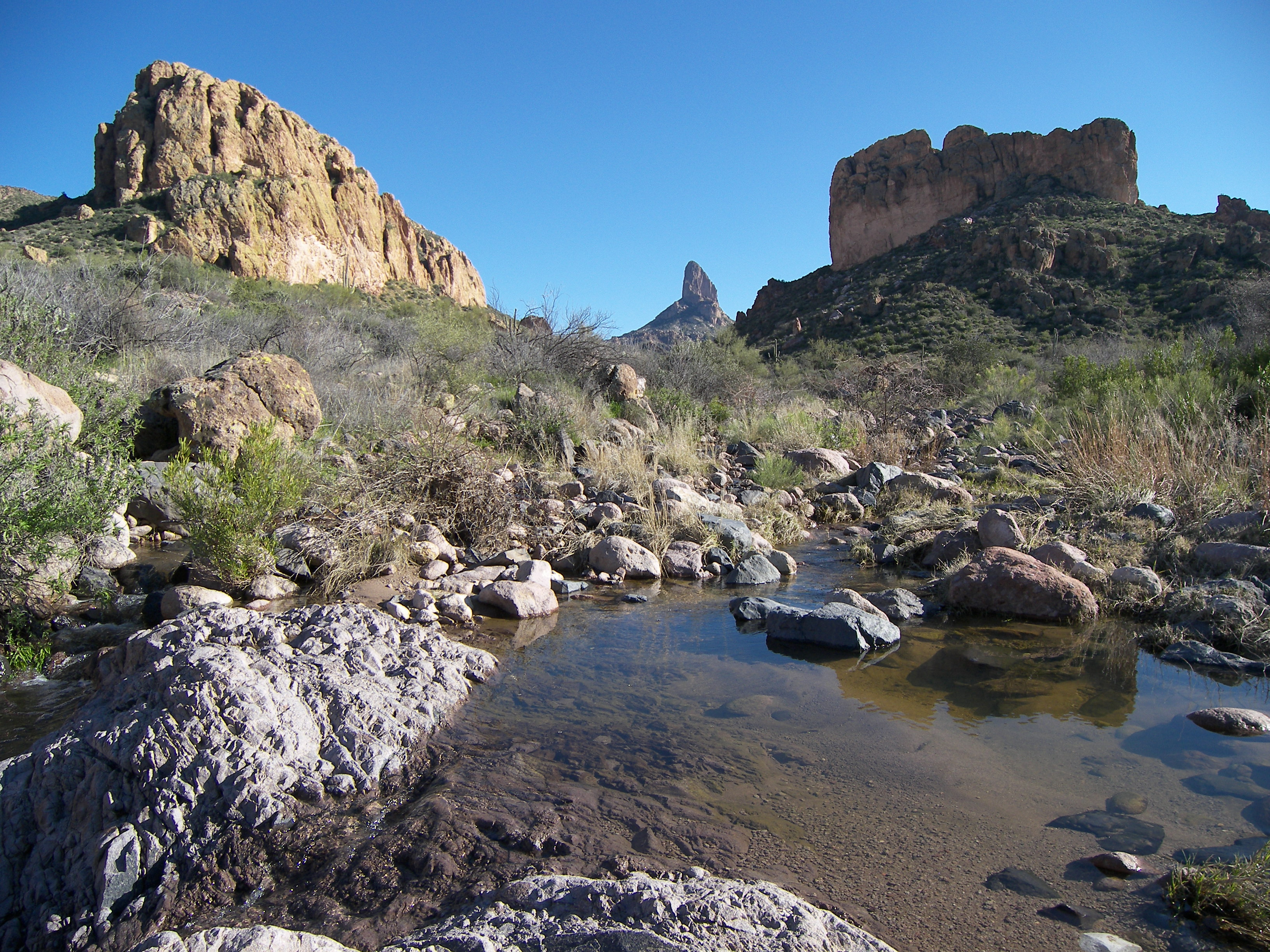 Superstitions: boulder canyon photo