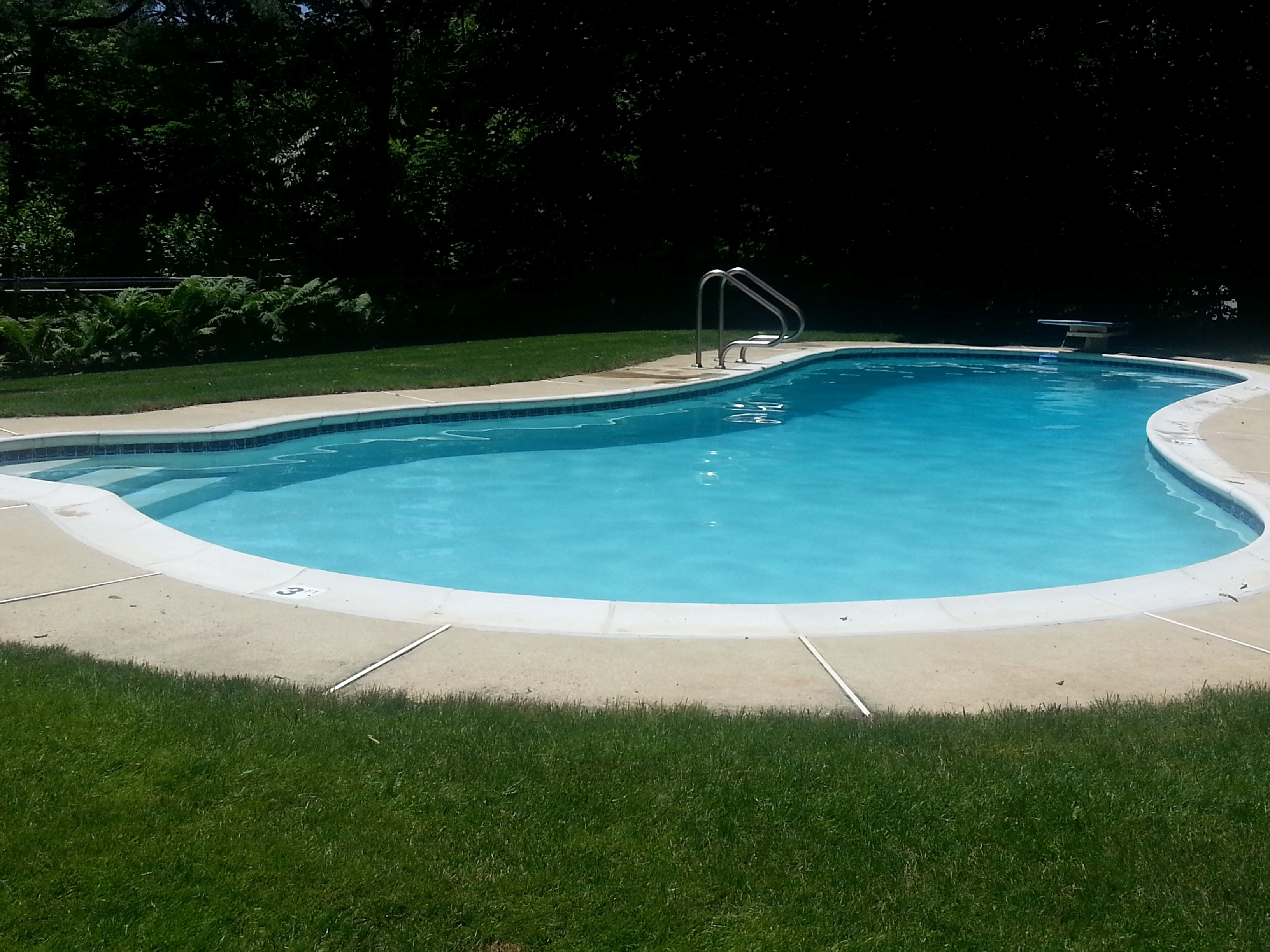Grounds & Swimming Pool | Great Valley House of Valley Forge