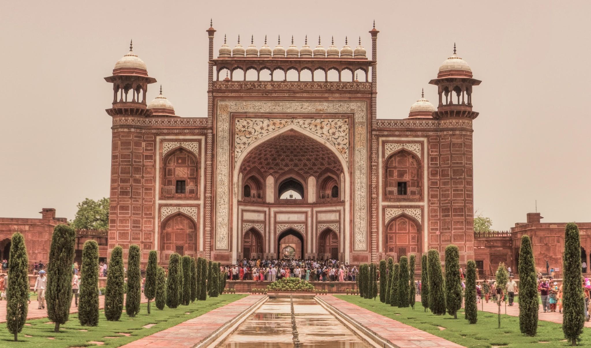 Taj Mahal Agra India – History, Architecture, Facts, Myths, Visit ...