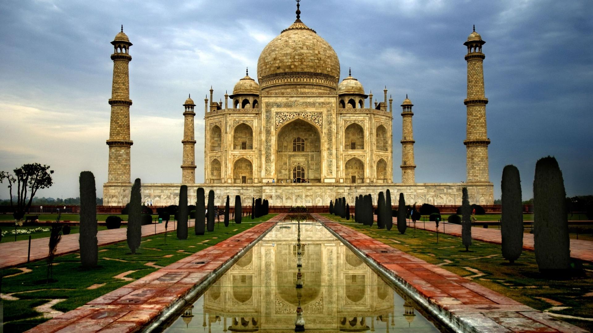 Taj Mahal, India - Luxuryasiavacation