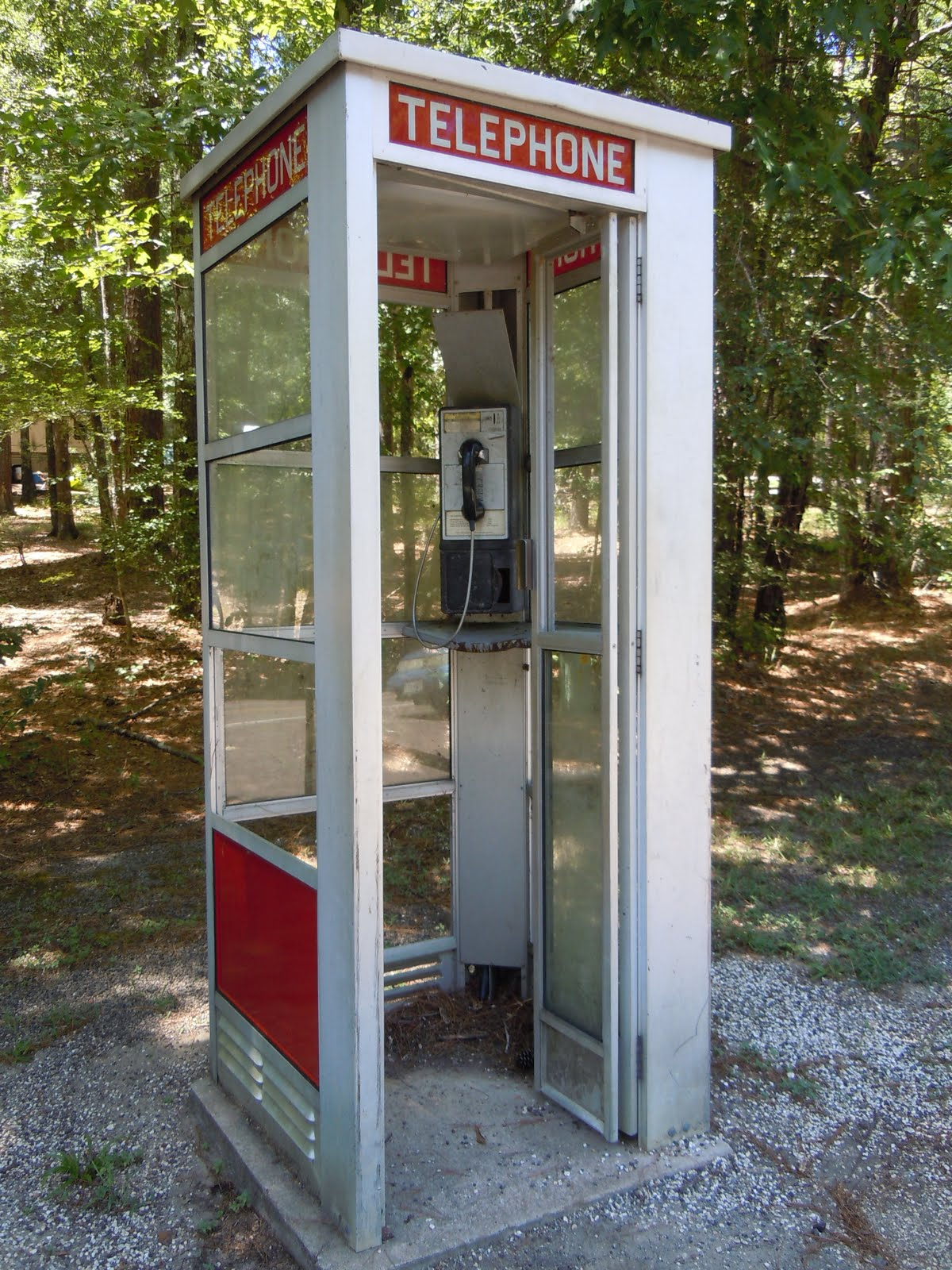 Telephone booth photo