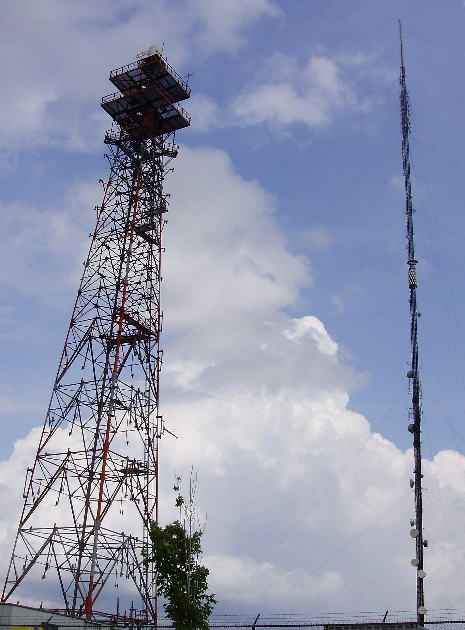File:CKVR-TV Towers.jpg - Wikimedia Commons