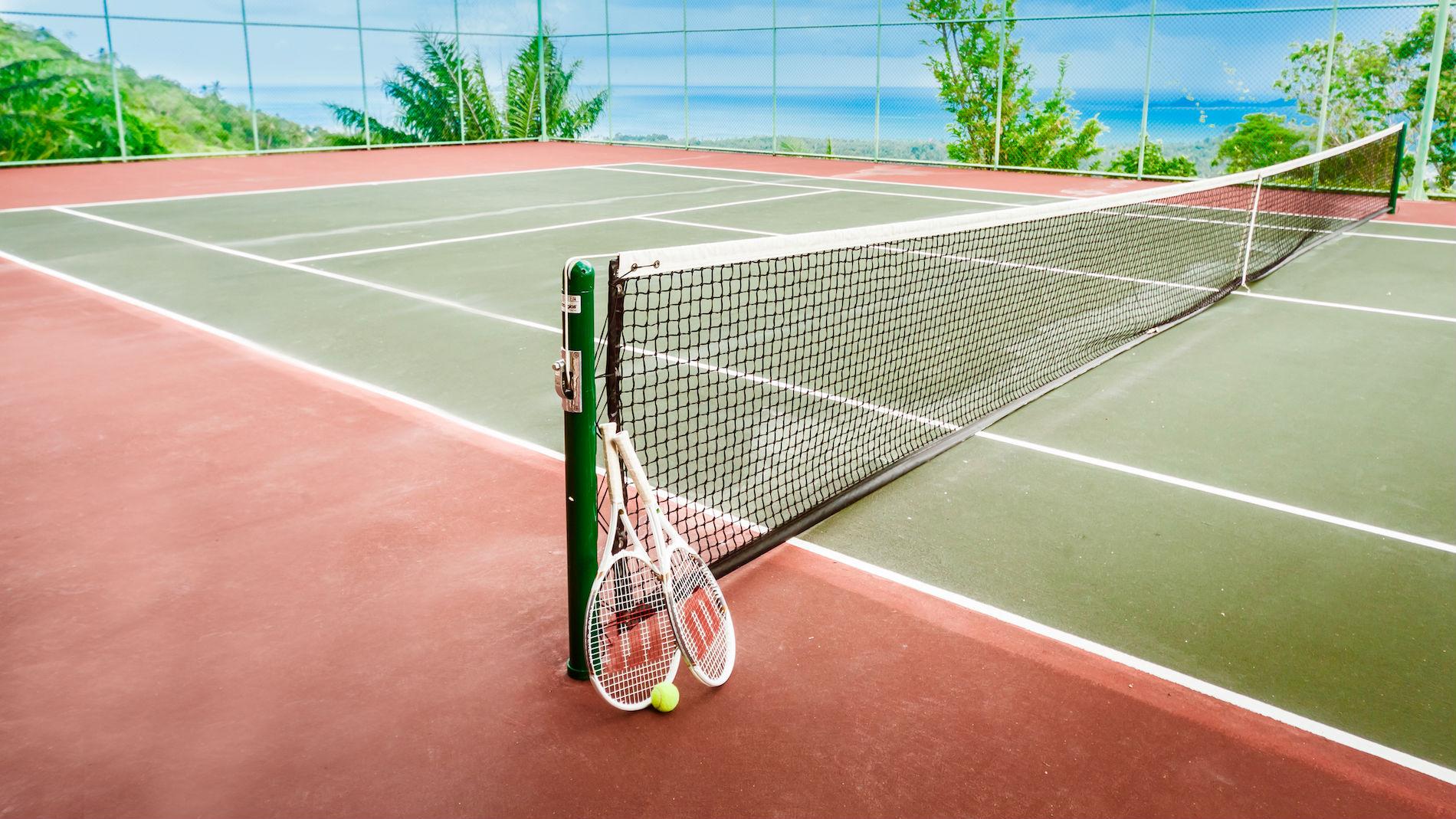 Night Club & Tennis Court - Villa Katrani