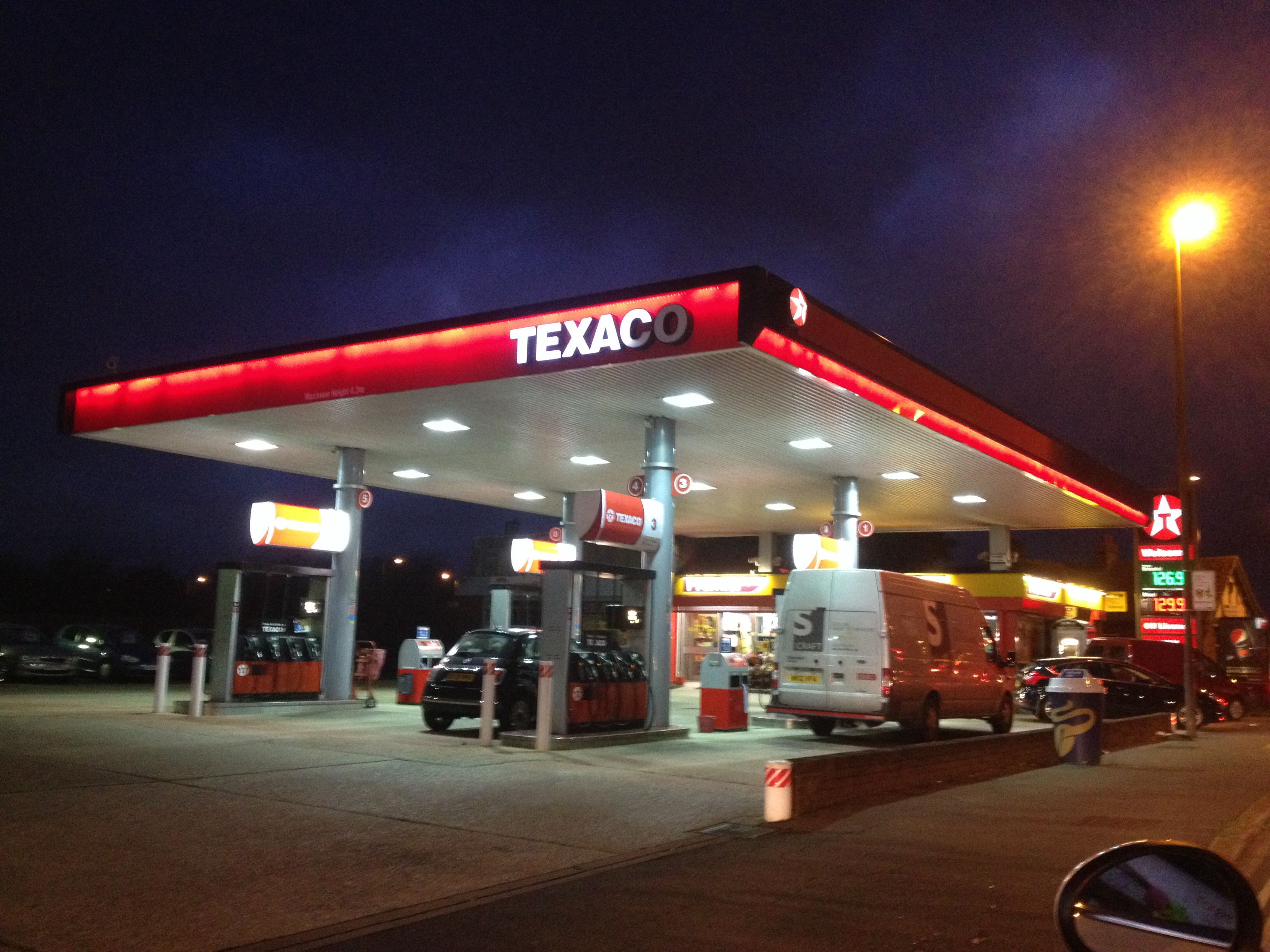 Free photo: Texaco Petrol Station - Shop, Station, Pump