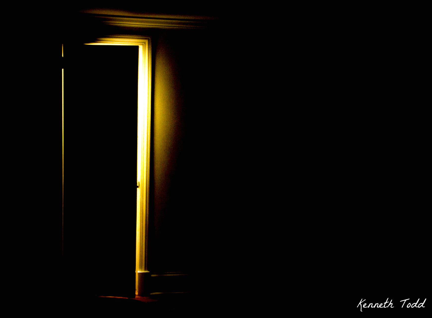 Light Behind the Door – April 23 « Project 365 by Kenneth Todd