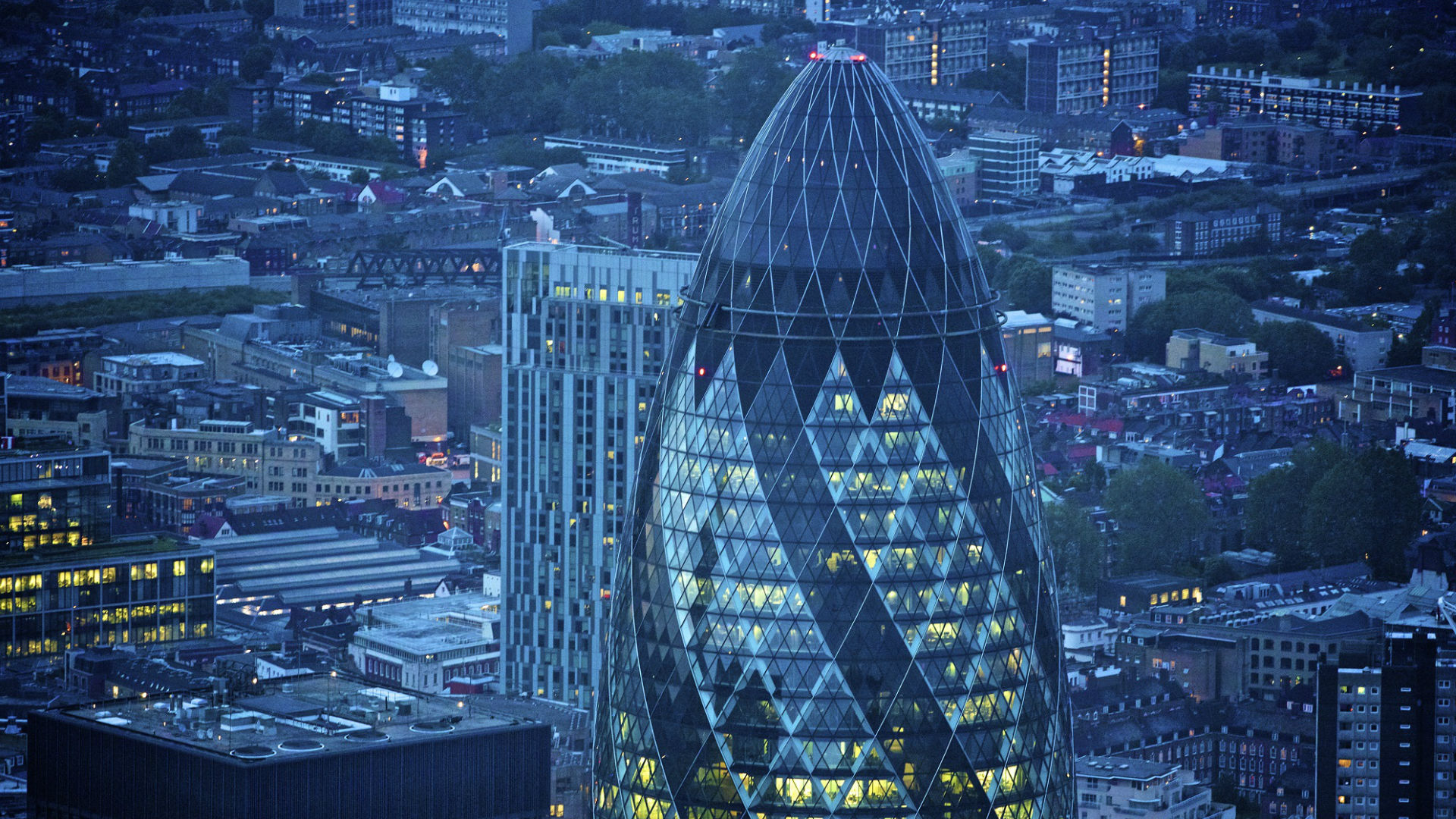 The Gherkin - Architecture - visitlondon.com