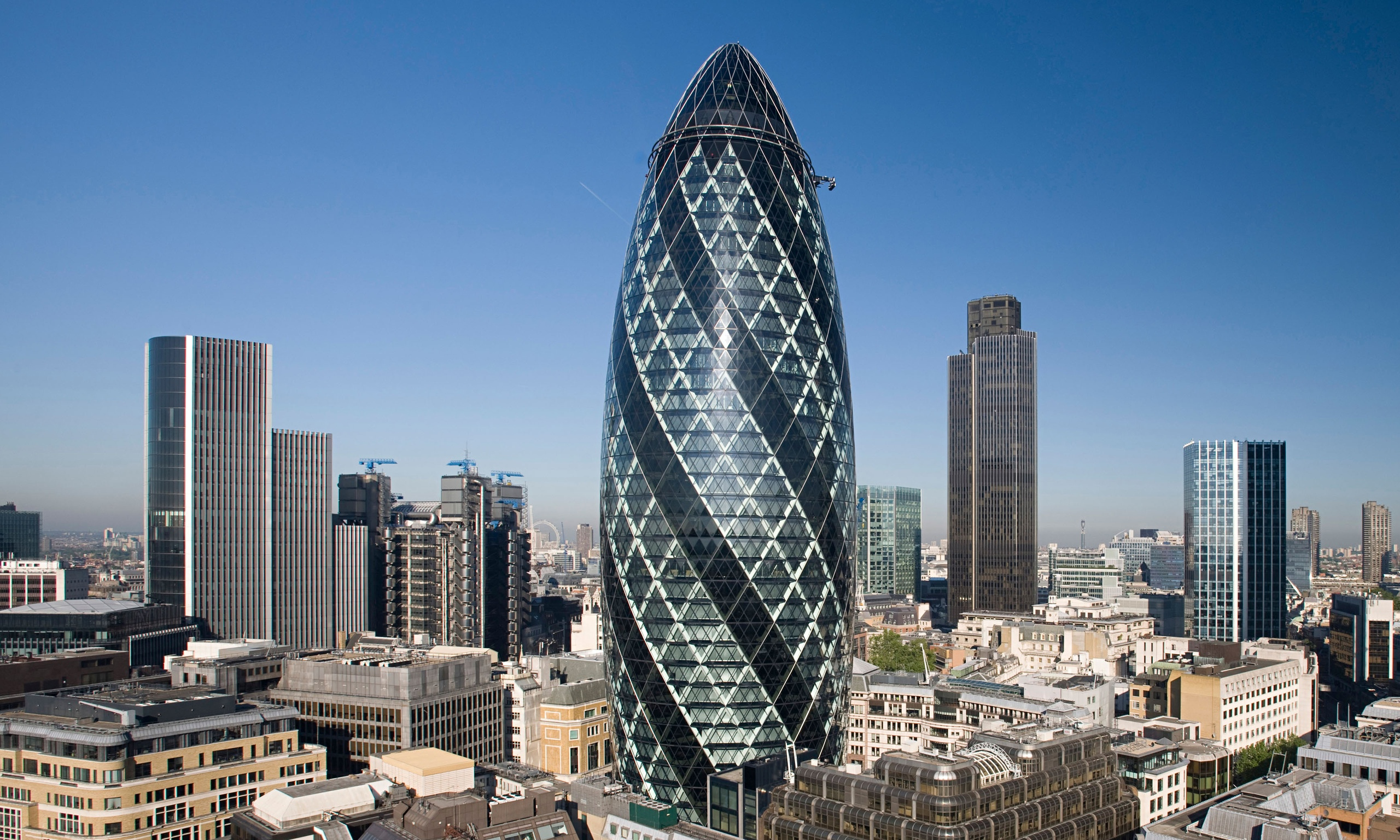 30 St Mary Axe: 10 Interesting Facts and Figures about the Gherkin ...