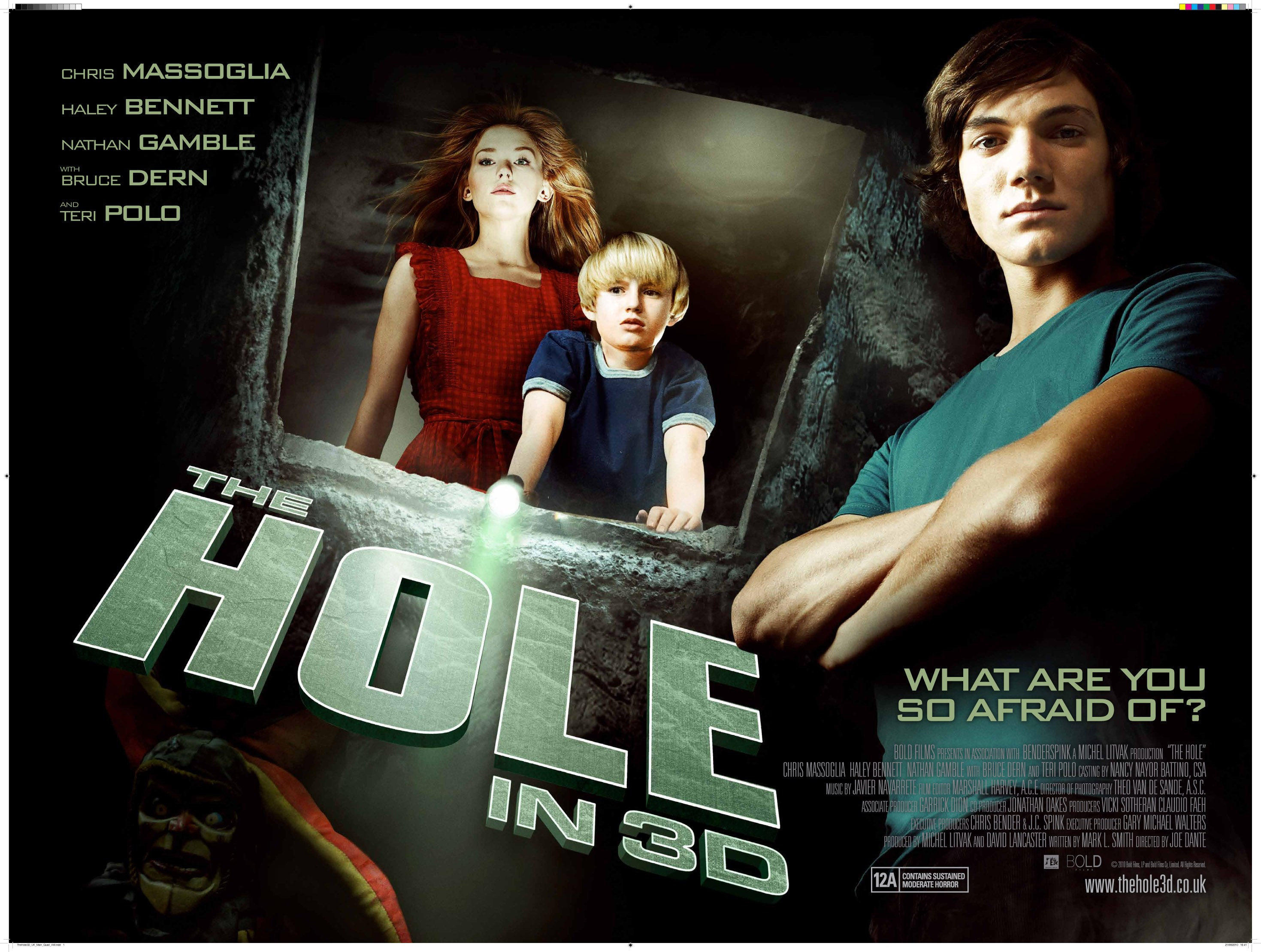 Brand New Poster and Trailer for The Hole 3d - HeyUGuys