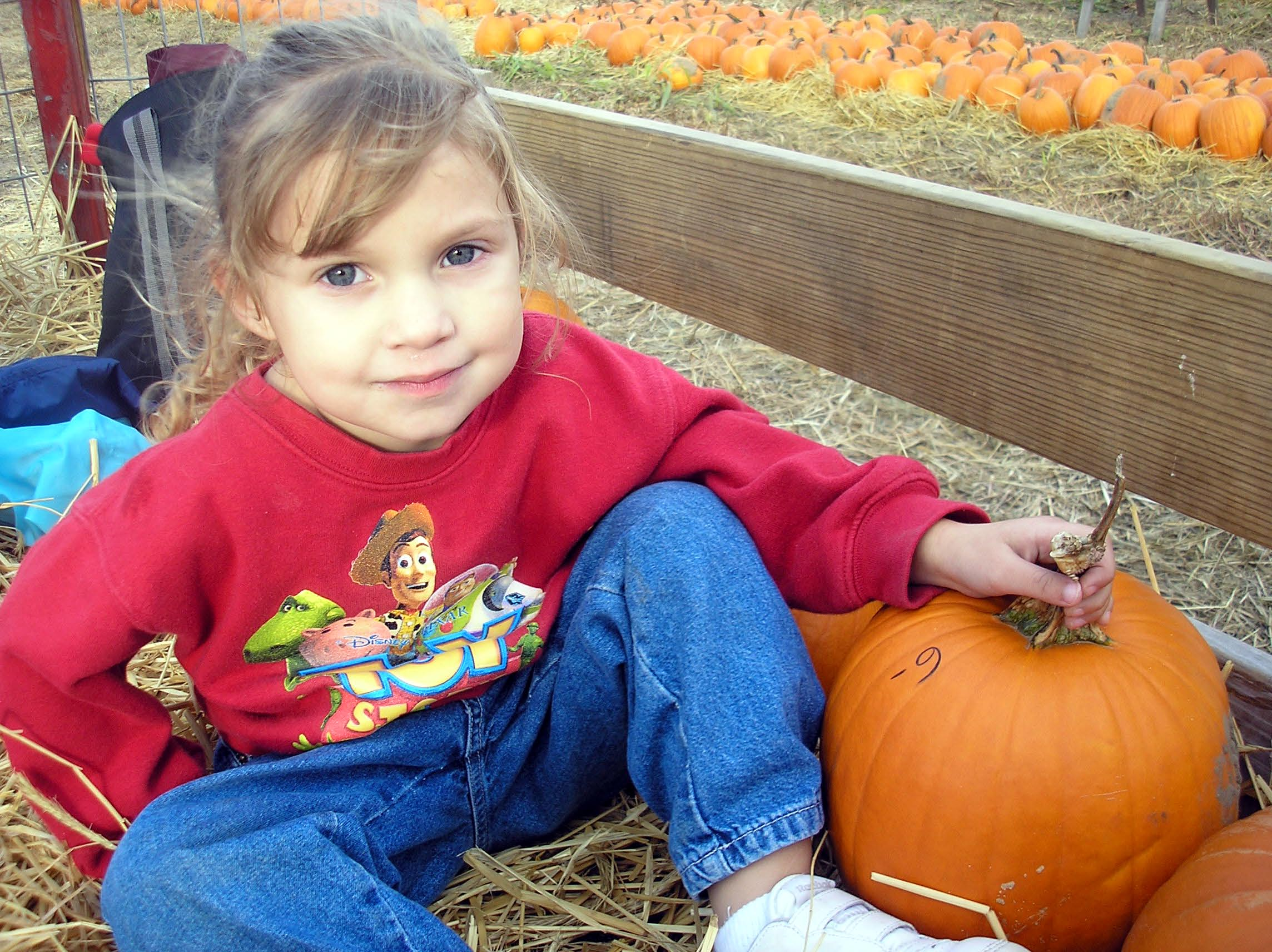 This one's mine!, Bspo06, Children, Fall, Farms, HQ Photo
