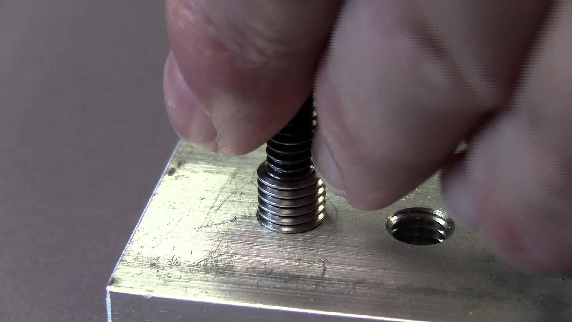 Acme Keylocking Threaded Insert for Thread Repair vs Heli coil ...